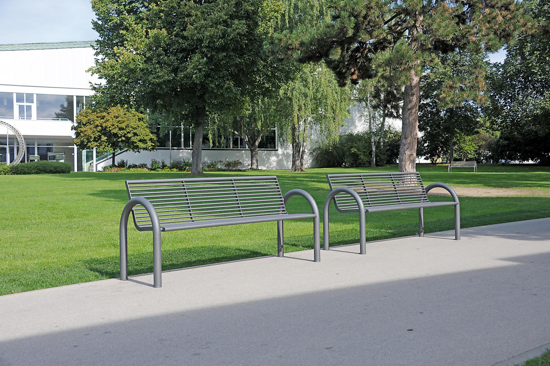 Siardo 150r bench panche da esterno benkert baenke for Arredo urbano in inglese