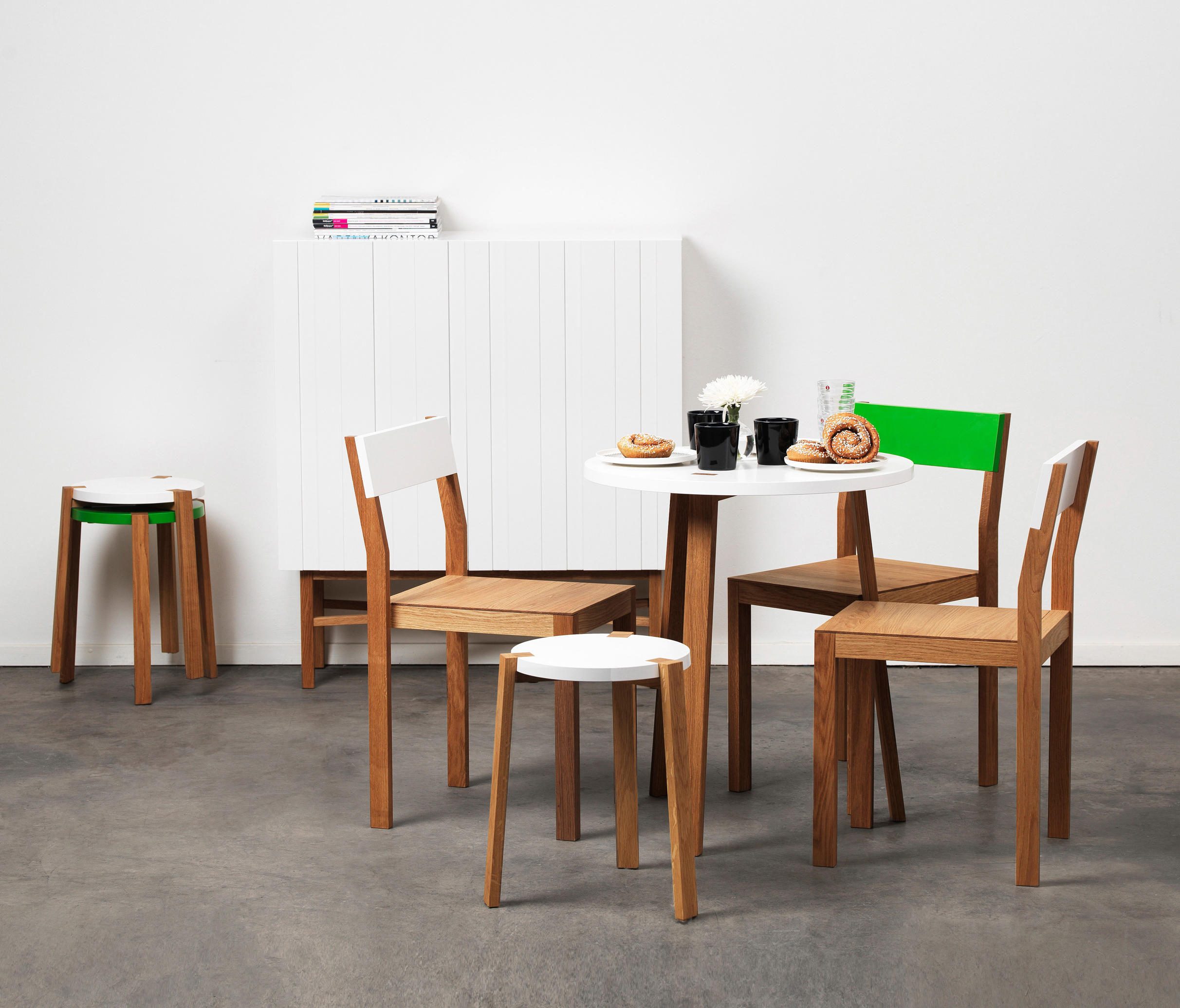 Happy Bar Table Standing Tables From A2 Designers Ab Architonic