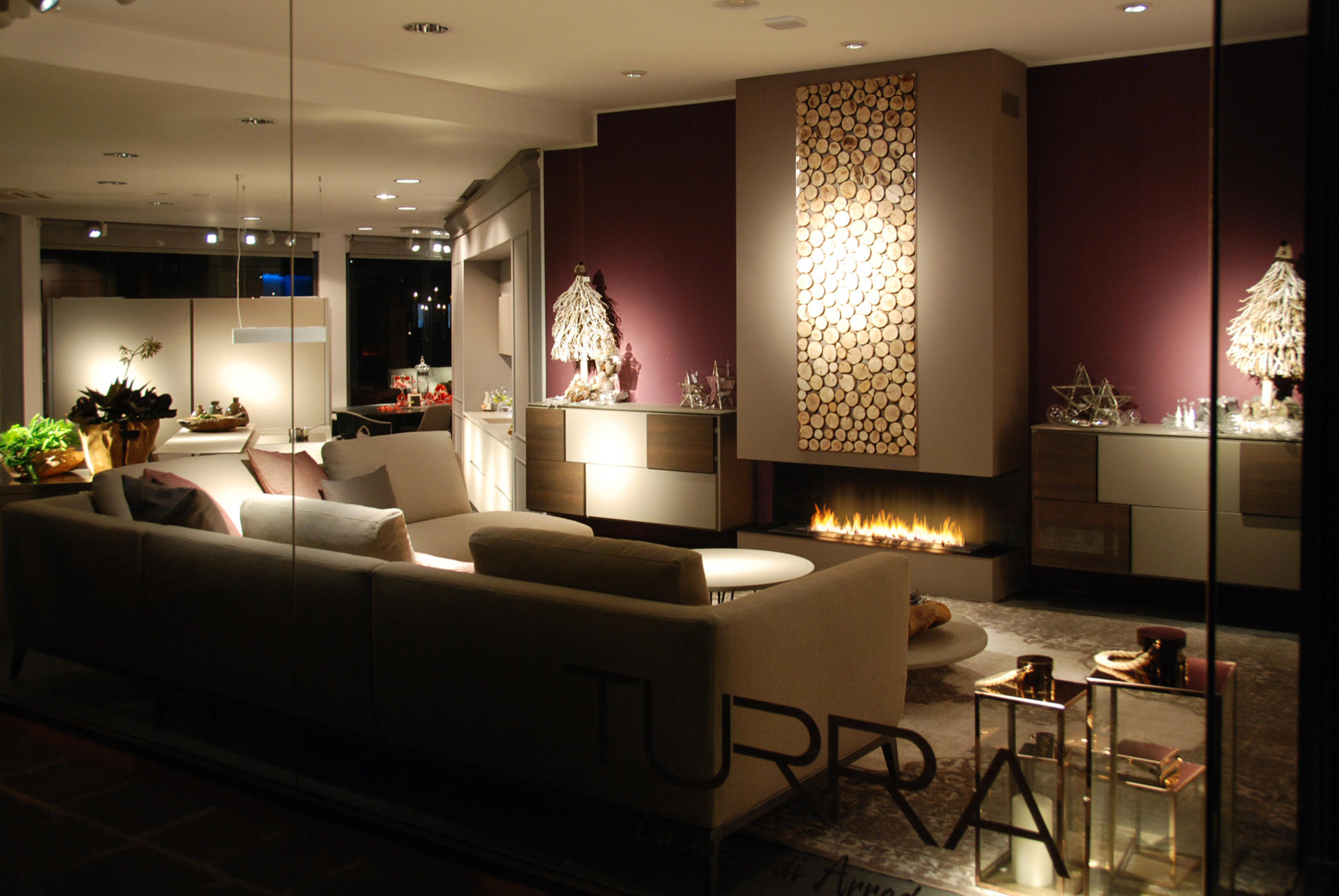 Fire line automatic 3 fireplace inserts from planika for Turra arredamenti