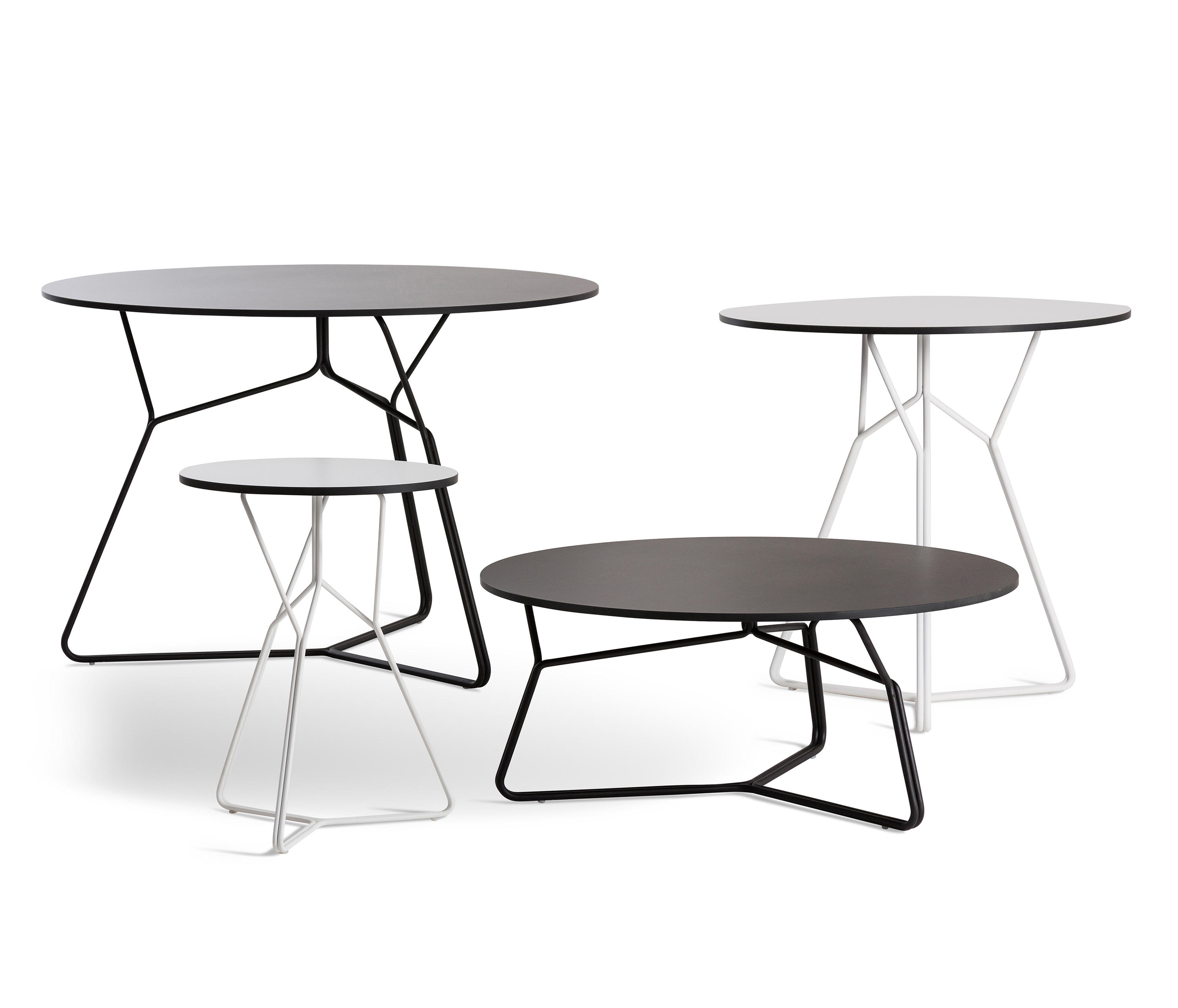 serac dining table ceramic bistro tables from oasiq architonic. Black Bedroom Furniture Sets. Home Design Ideas