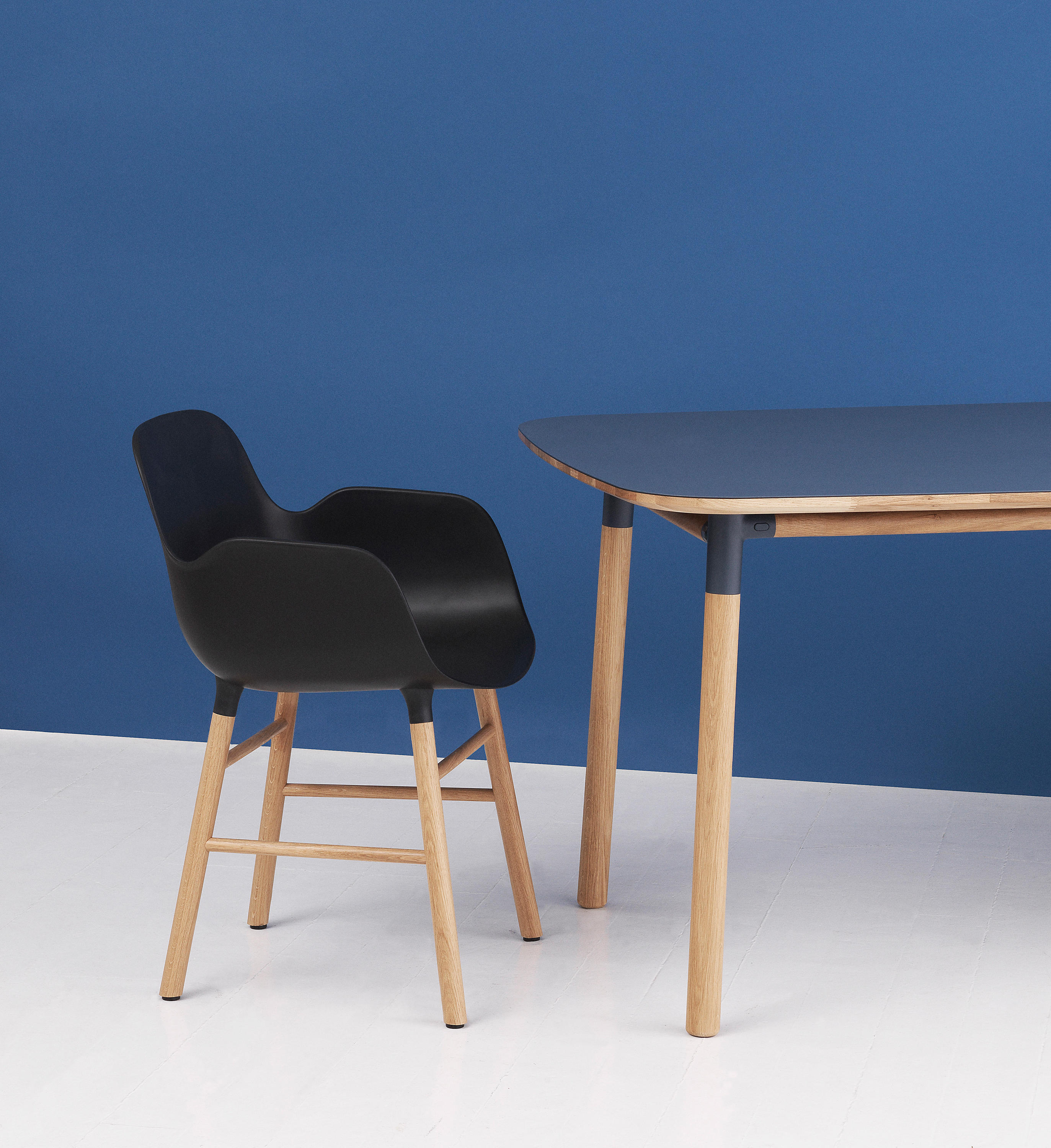 FORM BARHOCKER 65 - Barhocker von Normann Copenhagen | Architonic