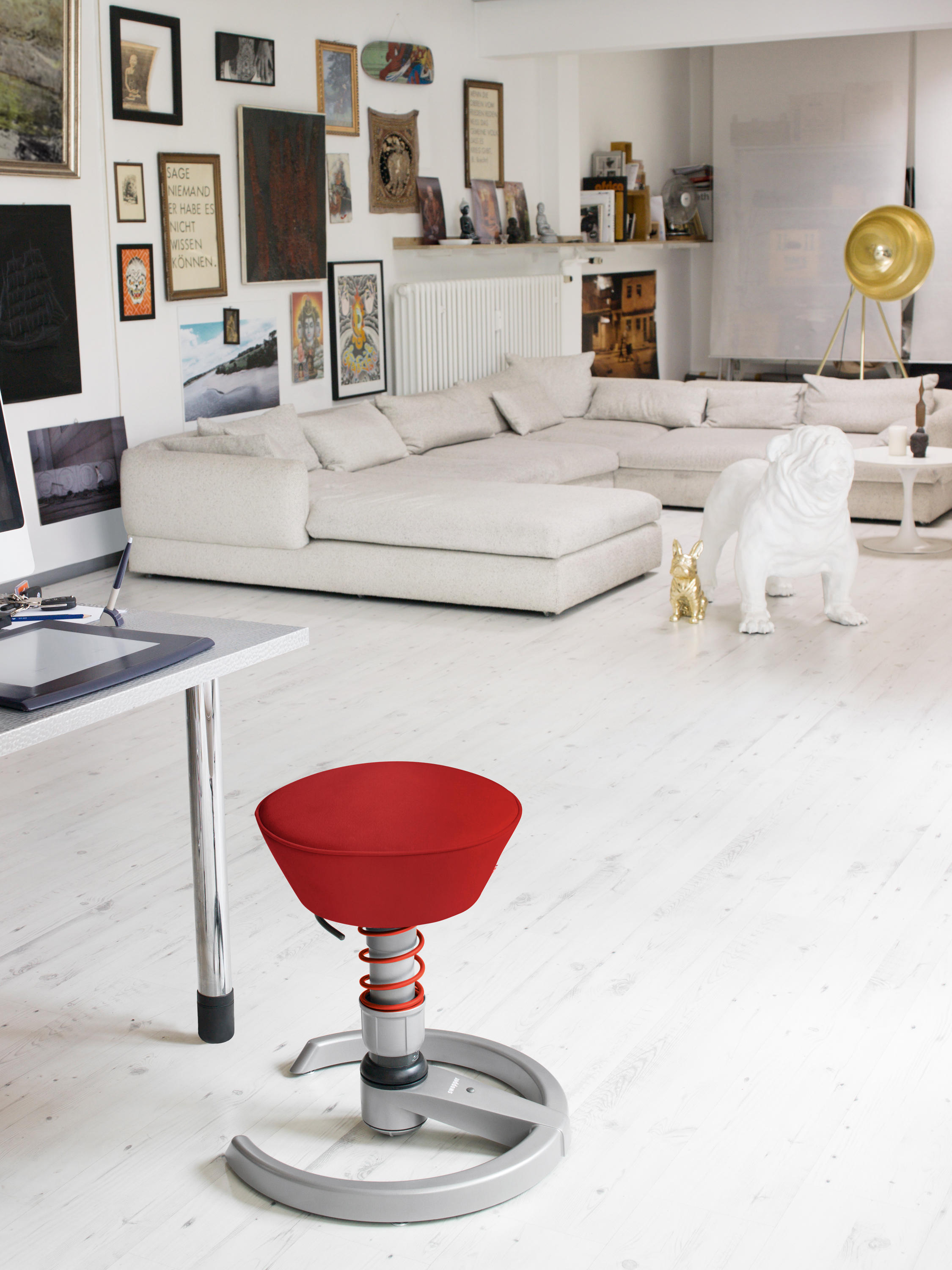 swopper classic swivel stools from aeris architonic. Black Bedroom Furniture Sets. Home Design Ideas