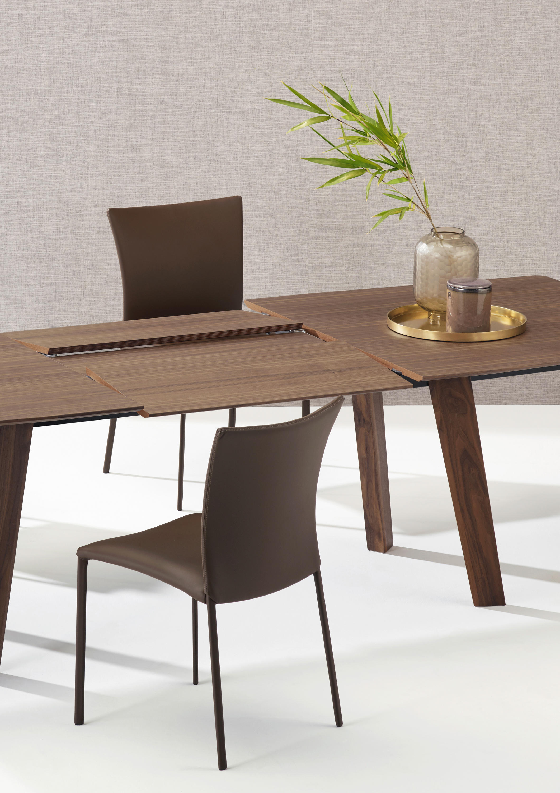 Fontana 1460 dining tables from draenert architonic for Ar 11 6 table 6 2