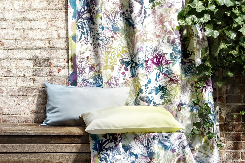 benu splash 101 curtain fabrics from christian. Black Bedroom Furniture Sets. Home Design Ideas