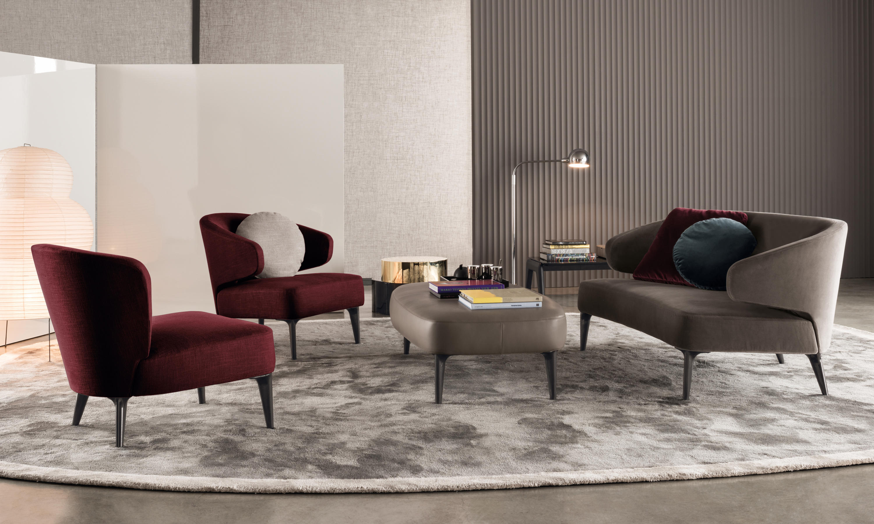 aston sofas from minotti architonic. Black Bedroom Furniture Sets. Home Design Ideas