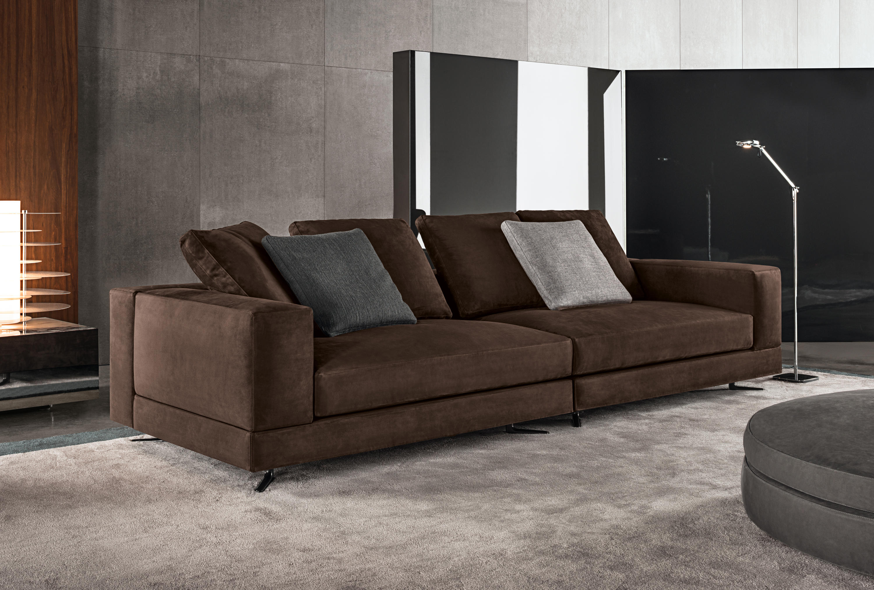 Swell White Sofas From Minotti Architonic Caraccident5 Cool Chair Designs And Ideas Caraccident5Info