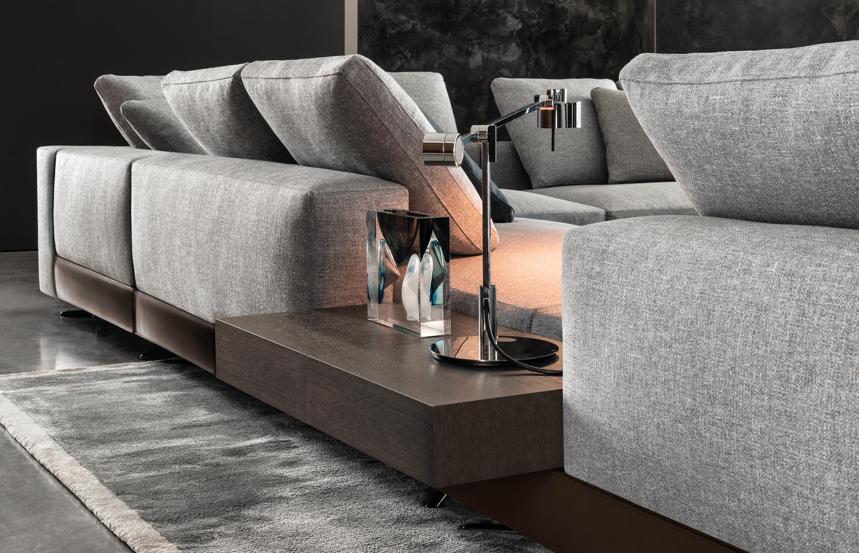 White Sofas From Minotti Architonic