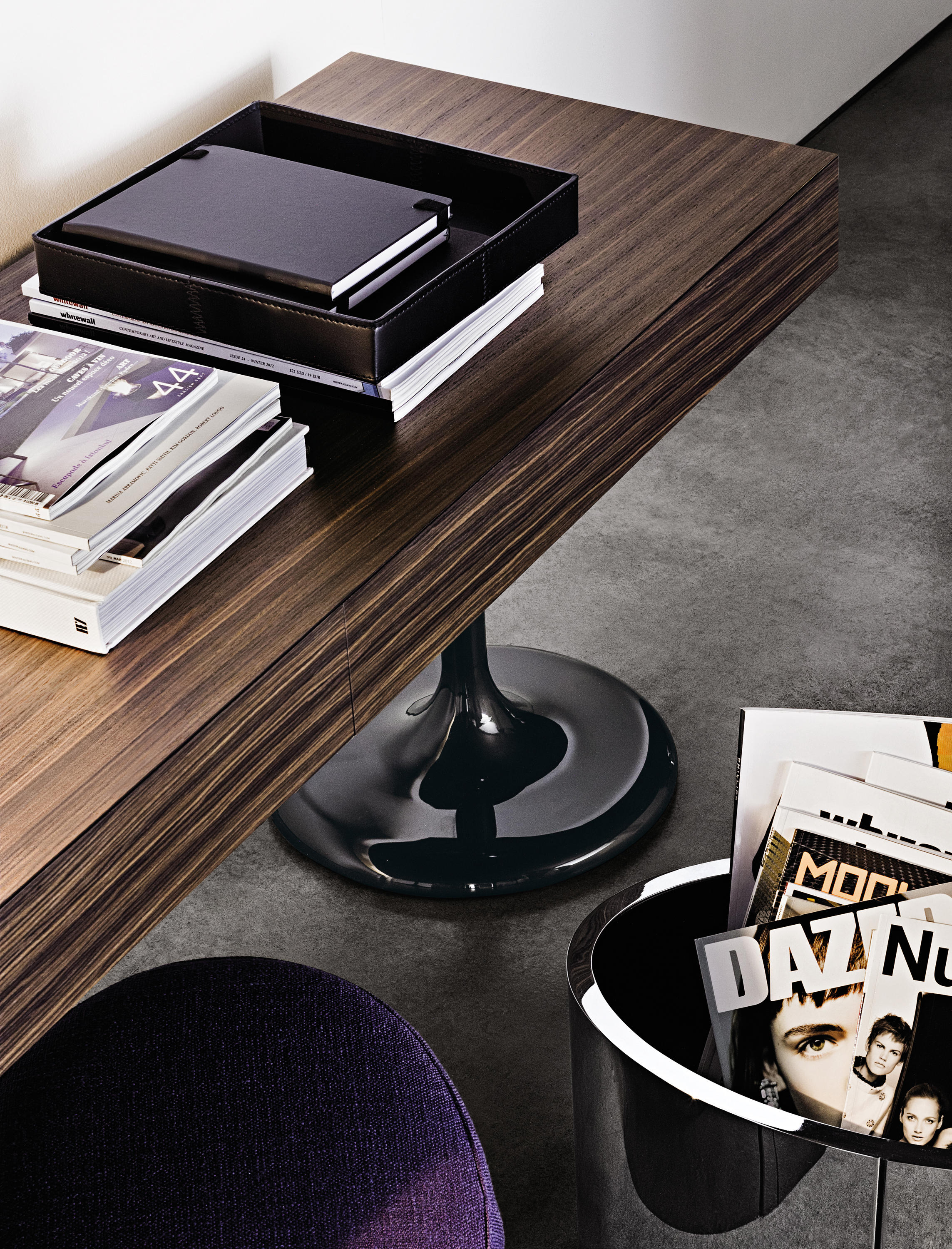 Lane Console Tables From Minotti Architonic