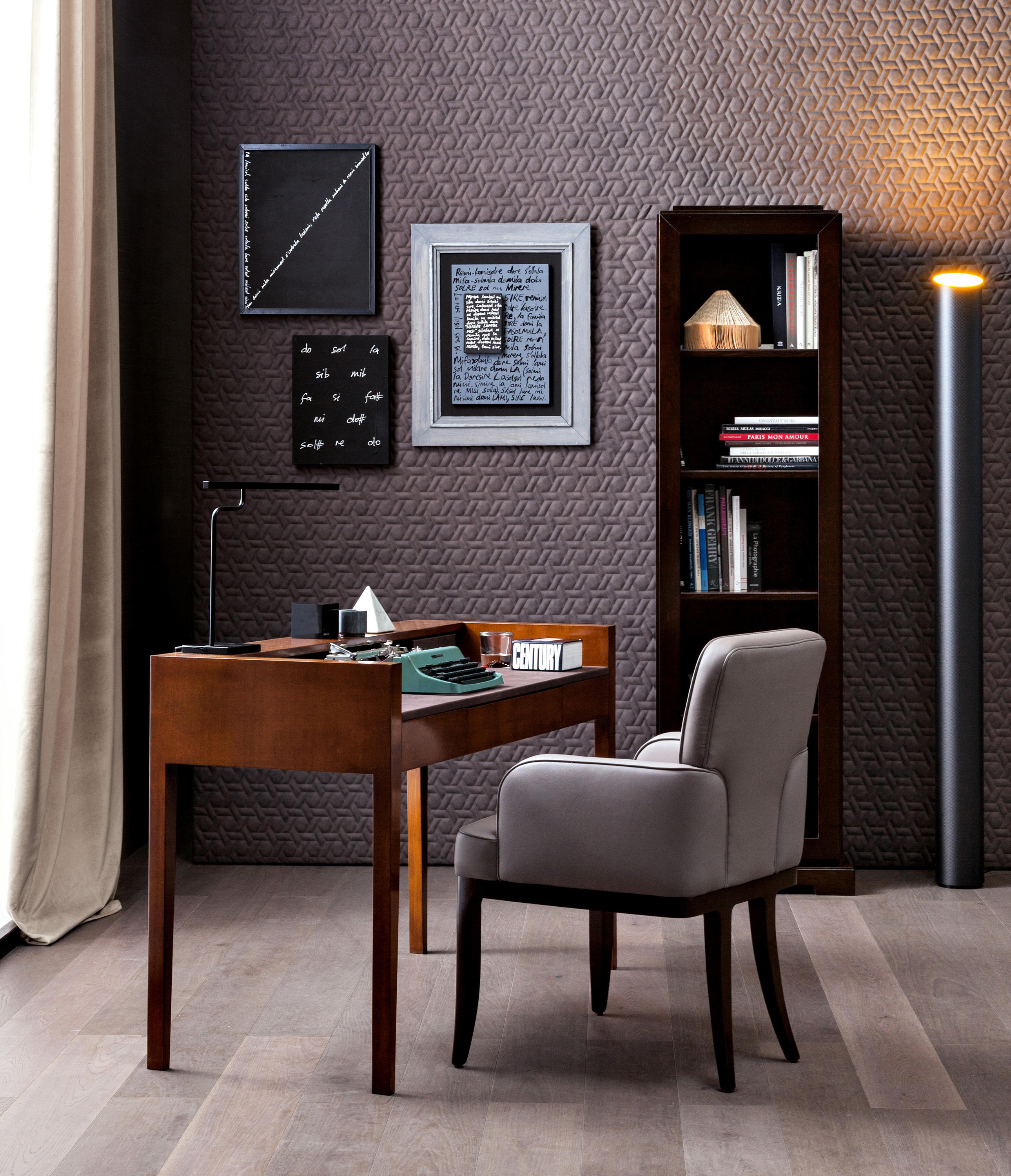 waldorf desk philipp selva bureaus from selva architonic. Black Bedroom Furniture Sets. Home Design Ideas