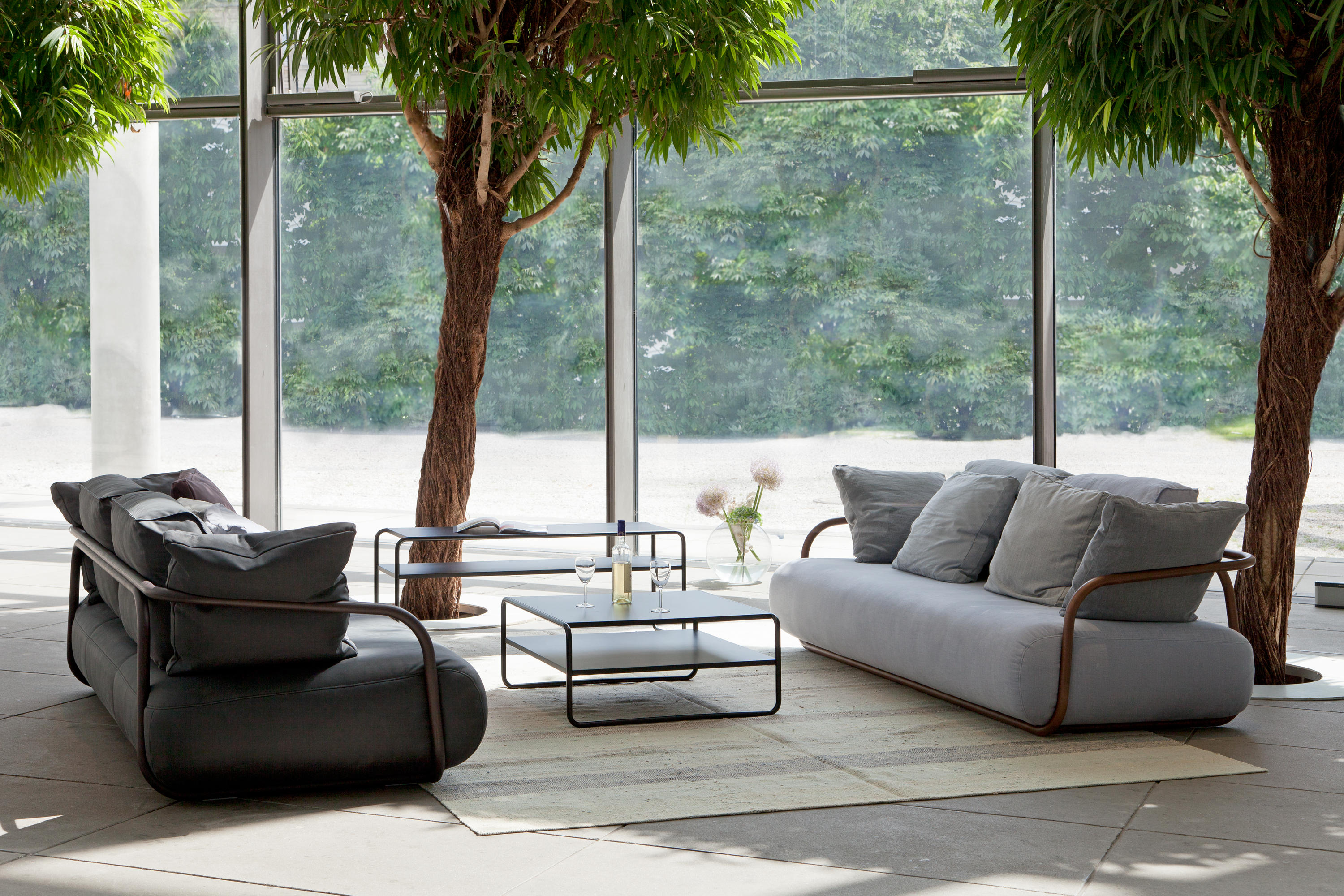 2002 bentwood sofa lounge sofas from thonet architonic. Black Bedroom Furniture Sets. Home Design Ideas
