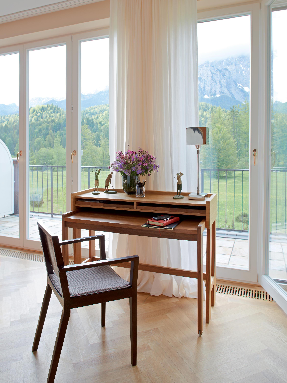 modesto sekret r schreibtische von lambert architonic. Black Bedroom Furniture Sets. Home Design Ideas