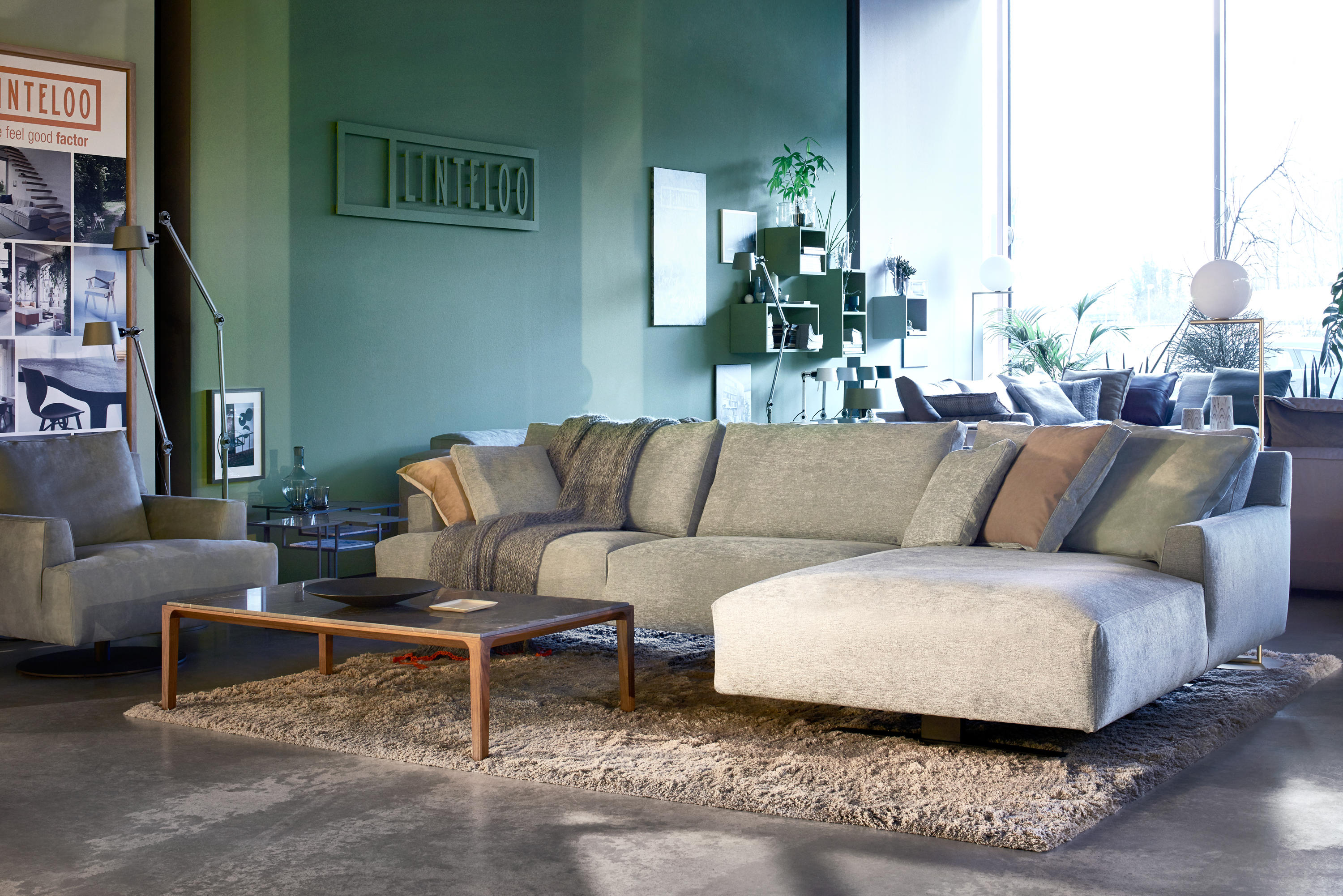 settee revolving lounge chairs from linteloo architonic