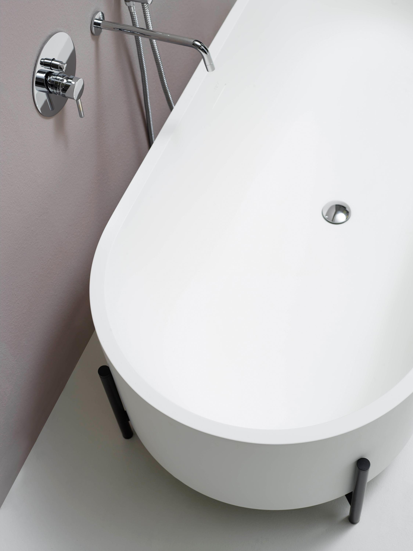 T Stand Bathtub By EX.T ...