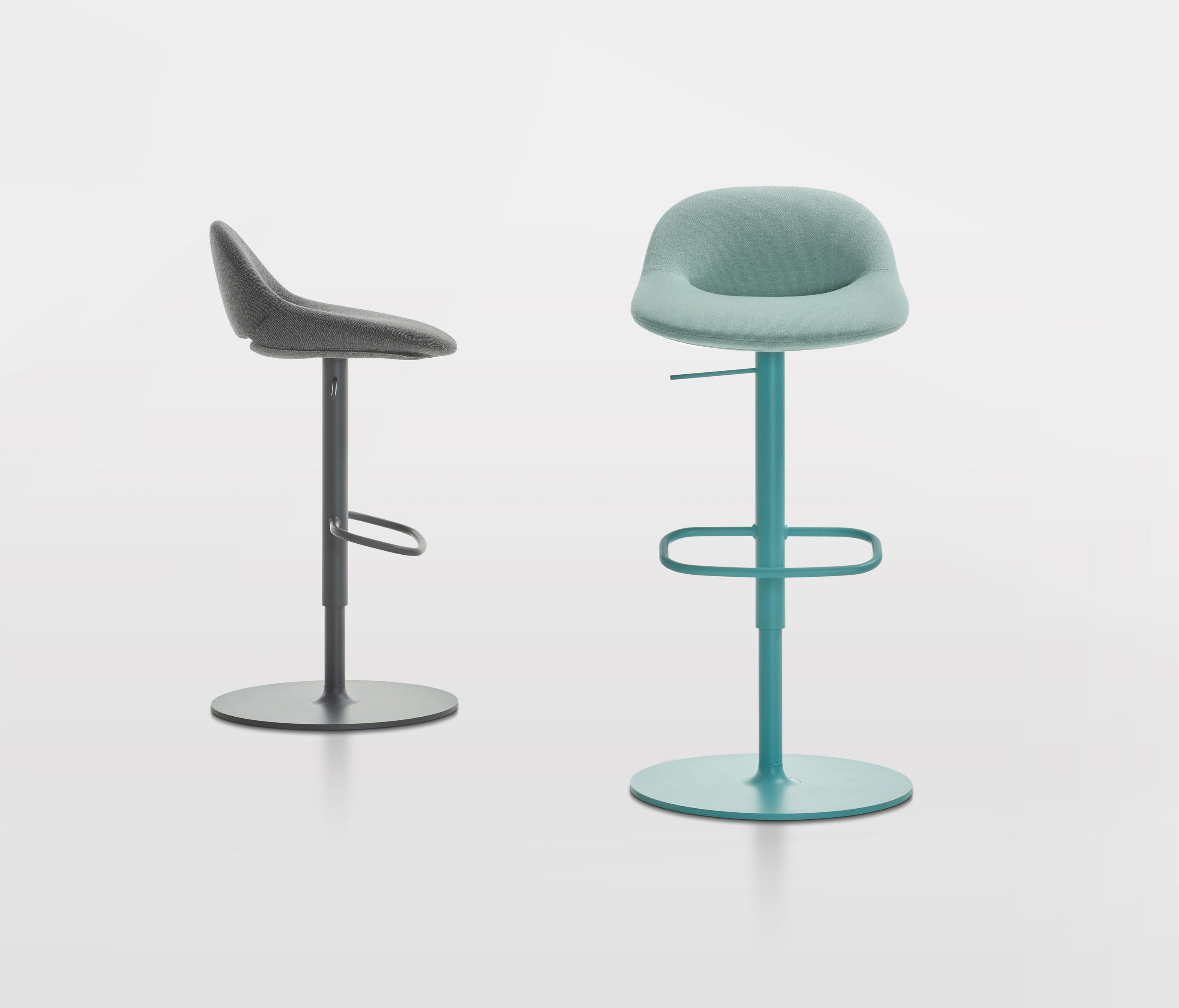 Pleasant Beso Chairs From Artifort Architonic Gamerscity Chair Design For Home Gamerscityorg