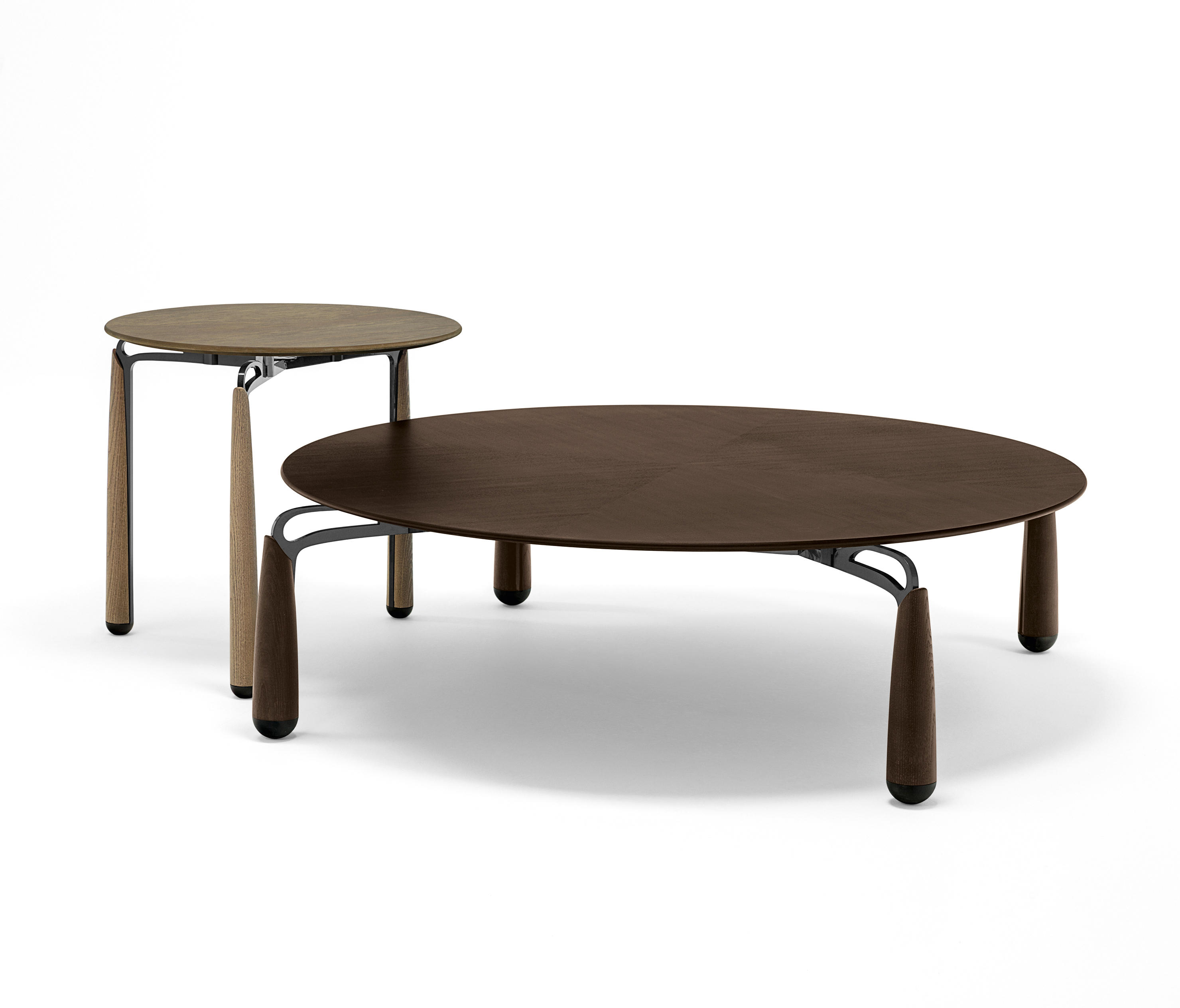 Superbe Deck Low Table By Giorgetti