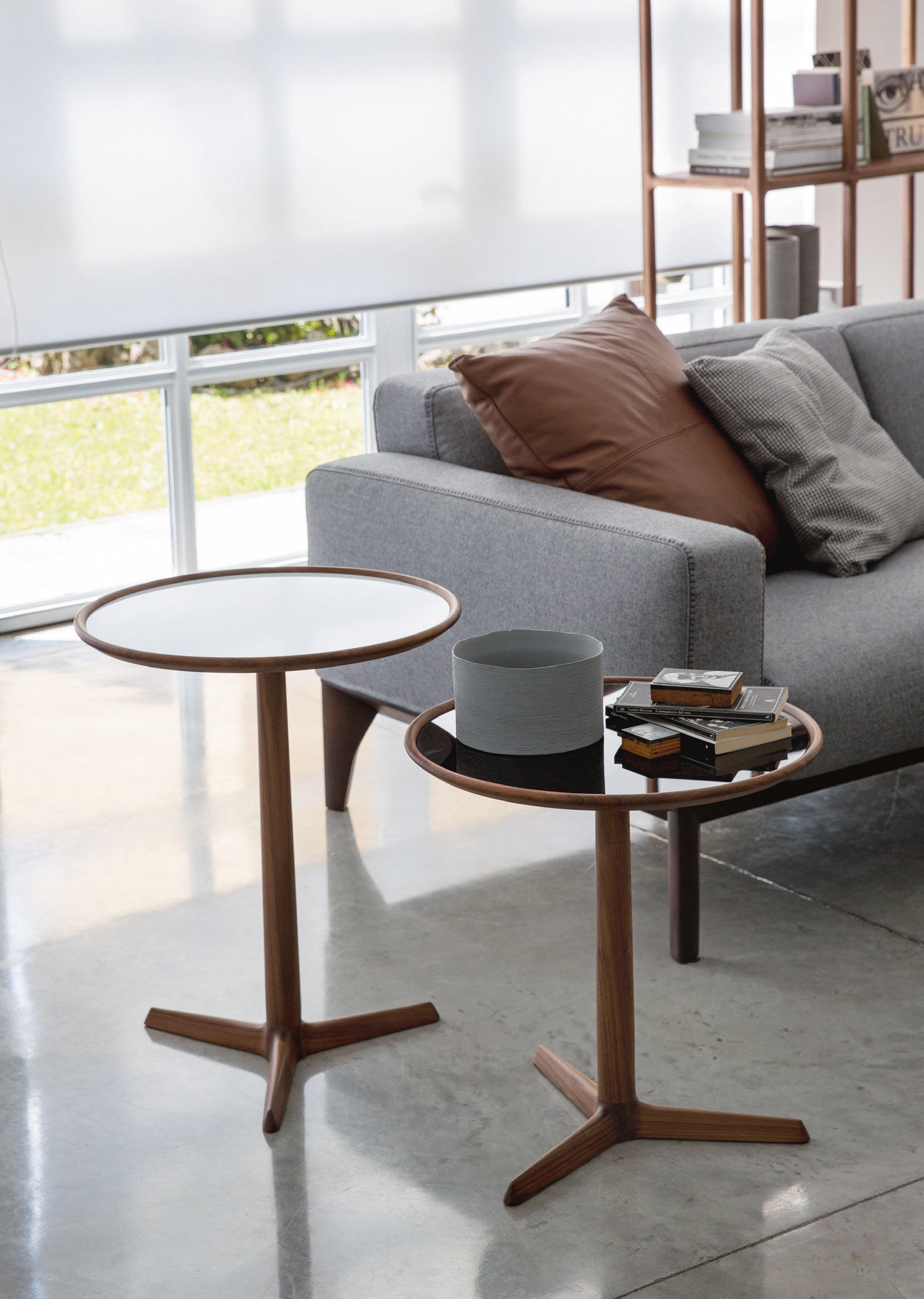 PAUSA Side tables from Porada