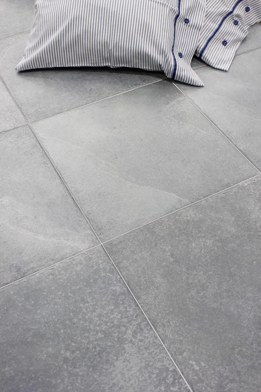 Monestir blanco natural carrelages de keraben architonic for Carrelage keraben