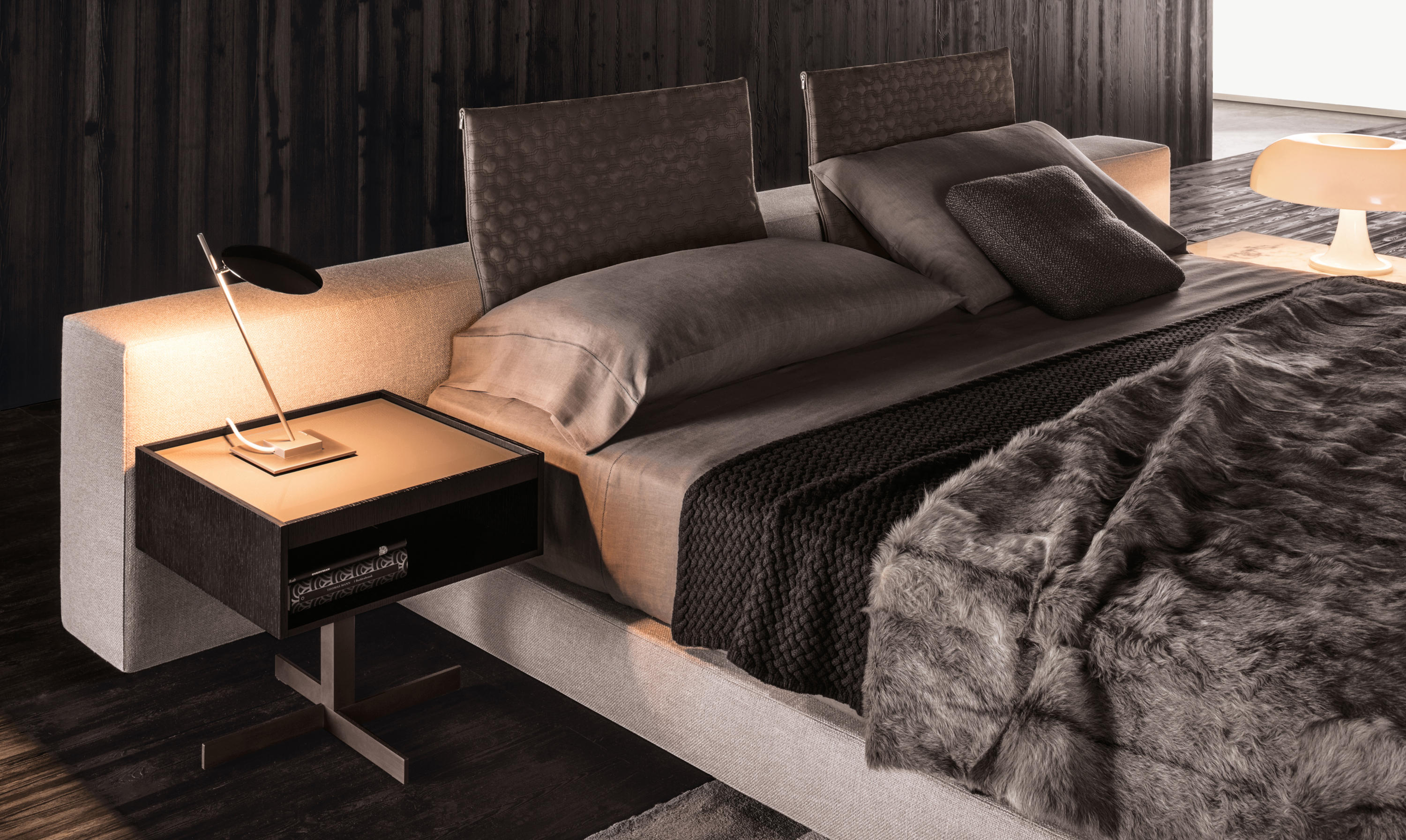 close lounge tables from minotti architonic. Black Bedroom Furniture Sets. Home Design Ideas