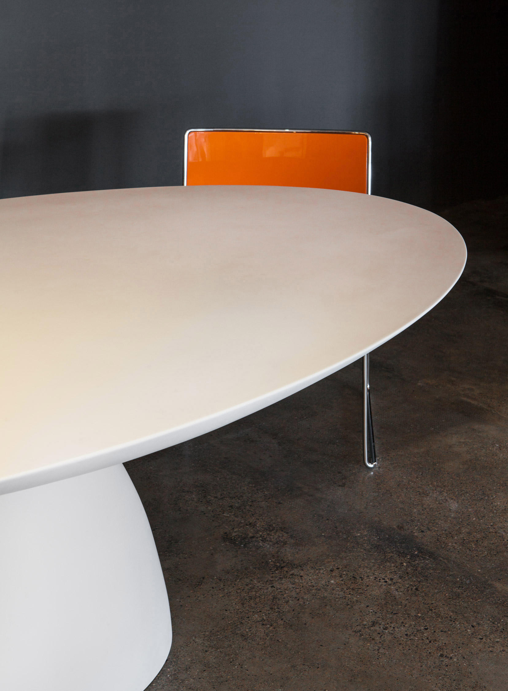 ELLIPSE TABLE Restaurant tables from PORRO