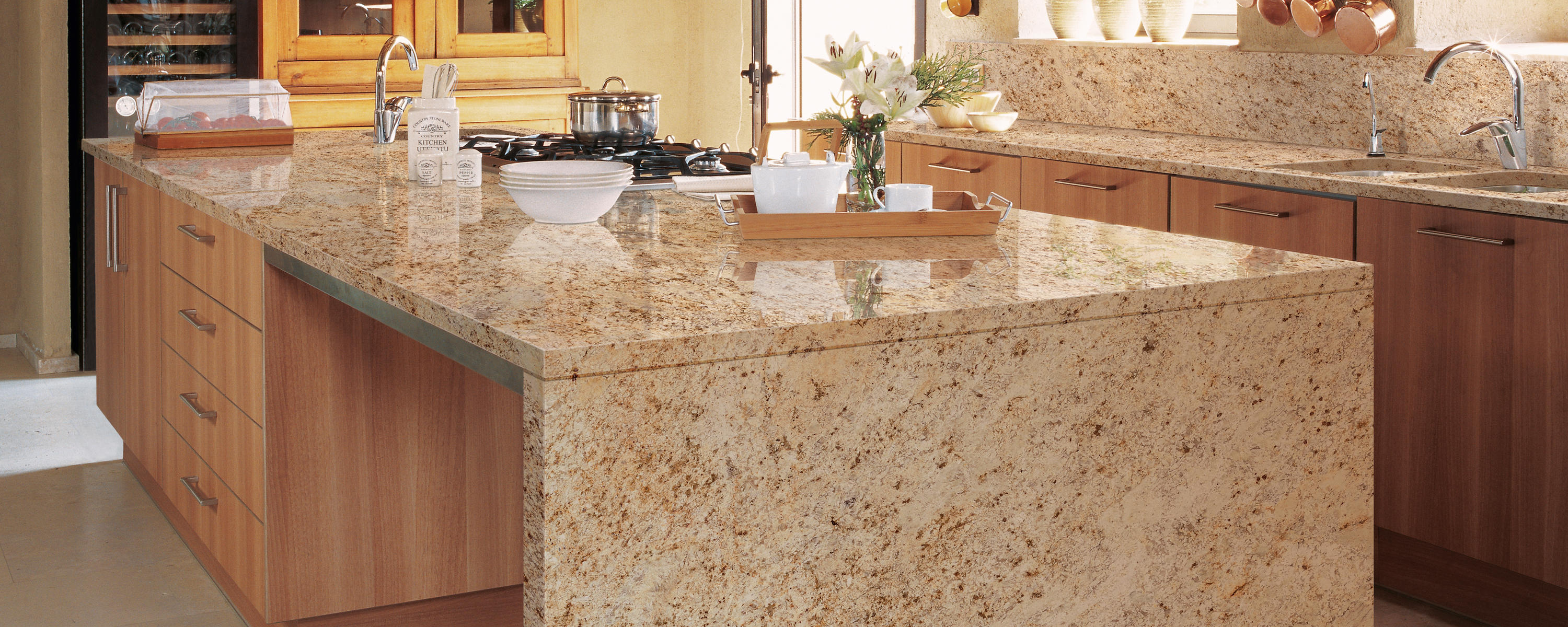 Granite collection colonial gold kitchen countertops - Encimeras de granito ...