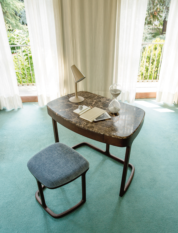Maskara dressing tables from porada architonic for Porada beauty dressing table