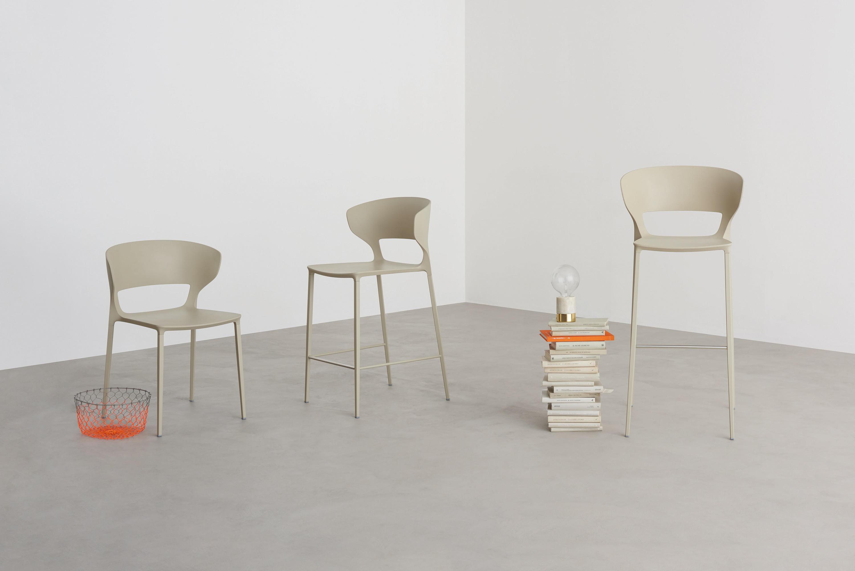 Koki chair restaurantst hle von desalto architonic for Sedia koki desalto