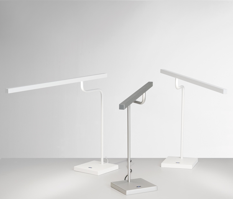 MICROSTICK DESKTABLE LAMP General lighting from The