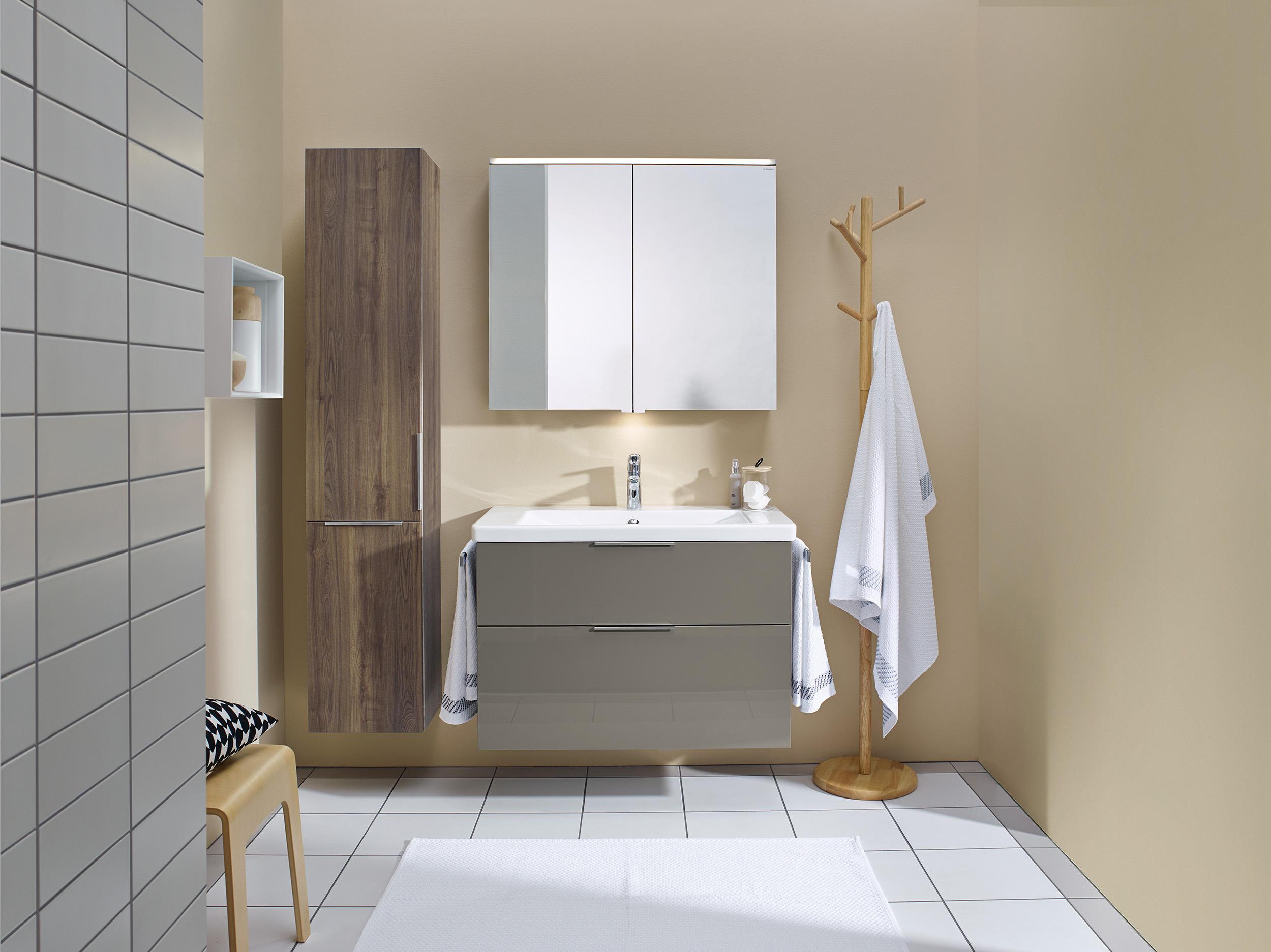 eqio hochschrank wandschr nke von burgbad architonic. Black Bedroom Furniture Sets. Home Design Ideas
