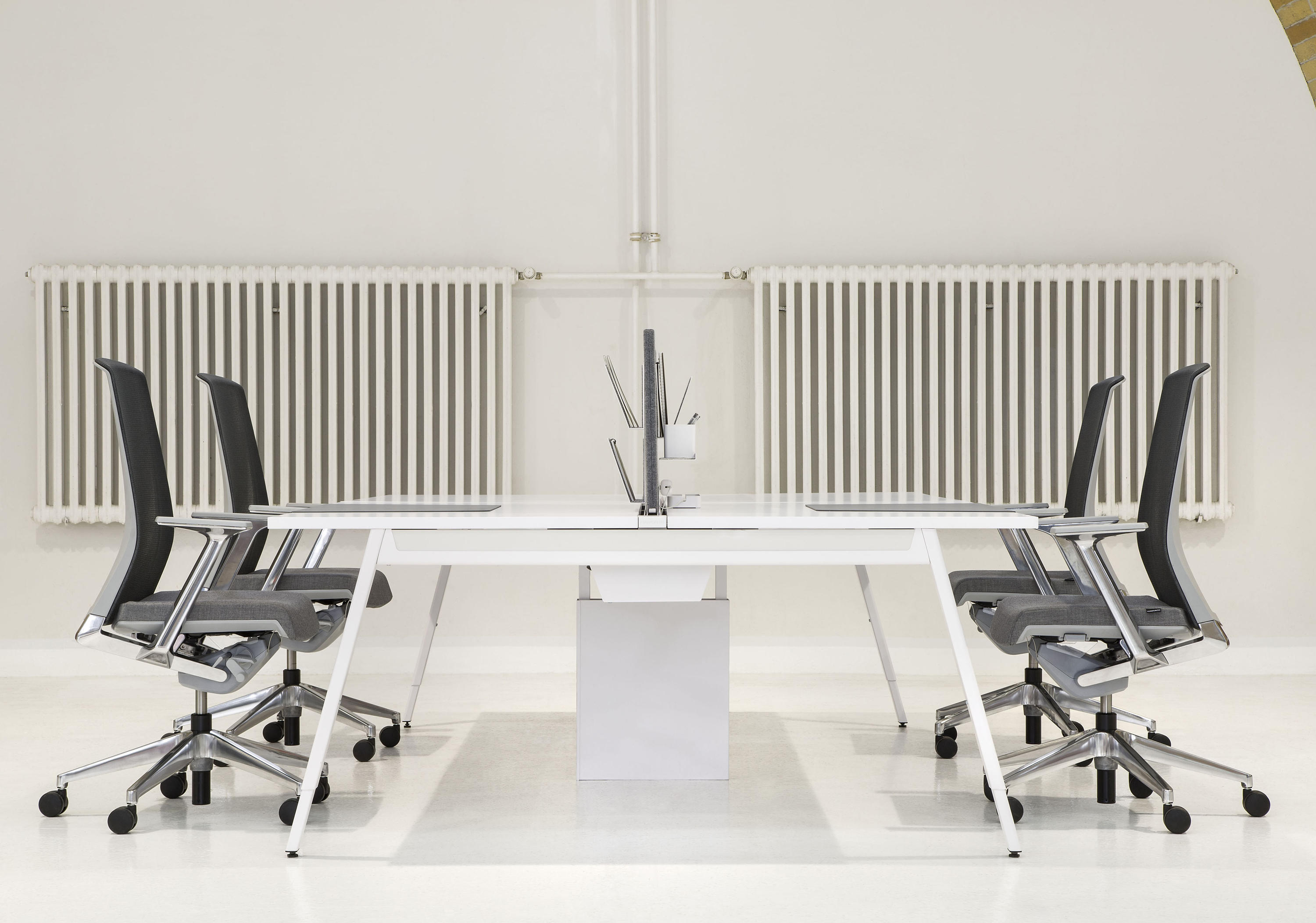 Intuity Desks From Haworth Architonic