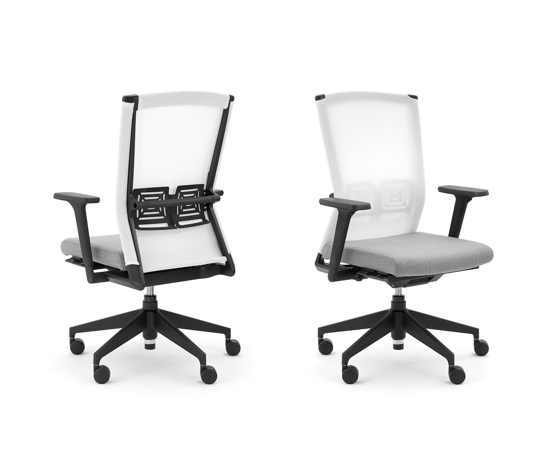 DYNAFLEX Task chairs from Haworth