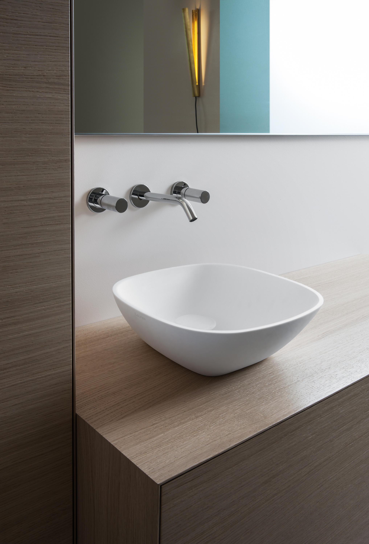 Ino meuble sous lavabo meubles sous lavabo de laufen for Meuble sous lavabo fly