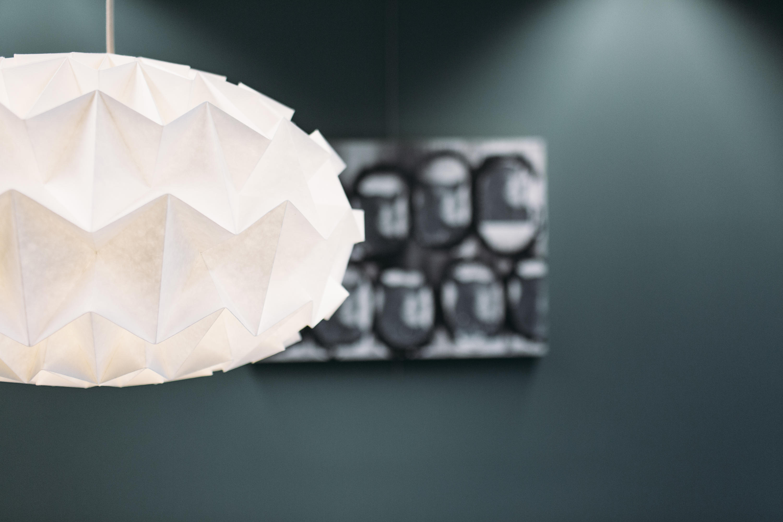 Studio Snowpuppe Lamp : Signature lamp white pendelleuchten von studio snowpuppe