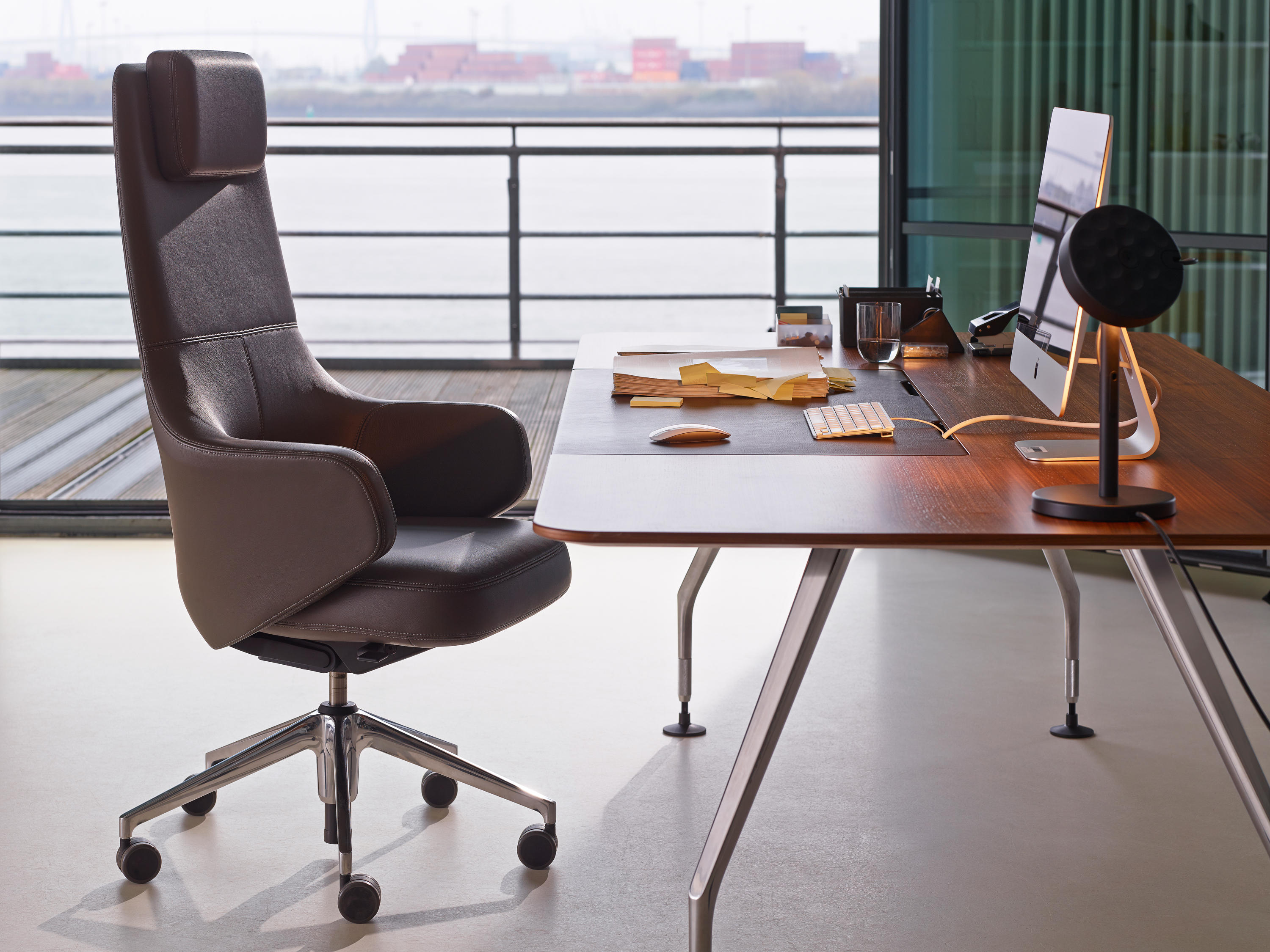 GRAND EXECUTIVE HIGHBACK - Executive chairs from Vitra | Architonic