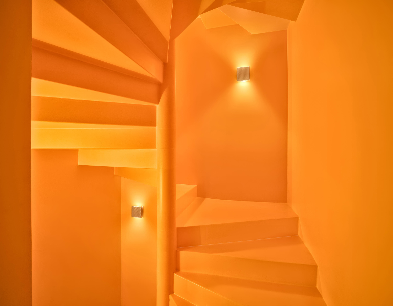 app wall allround general lighting from serien. Black Bedroom Furniture Sets. Home Design Ideas