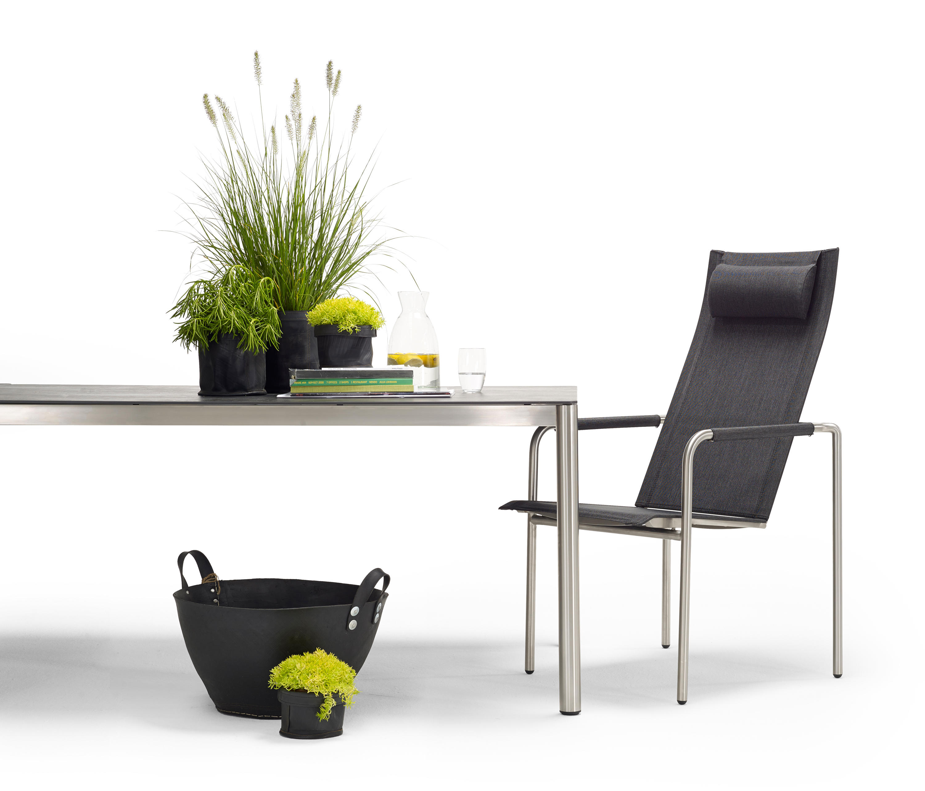 ... Trend Dining Table By Solpuri