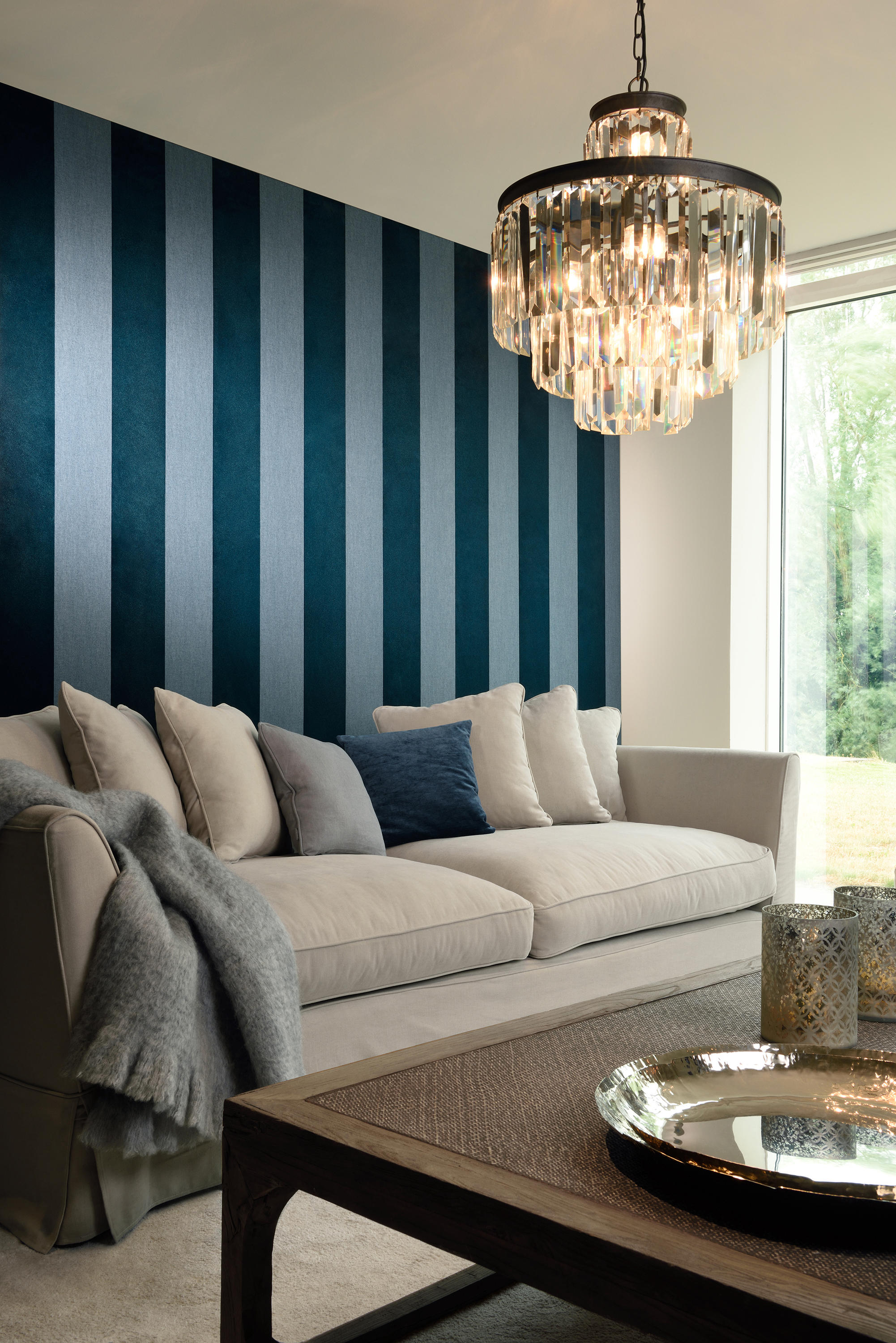 Flamant les rayures velvet wall coverings wallpapers for Flamant interieur