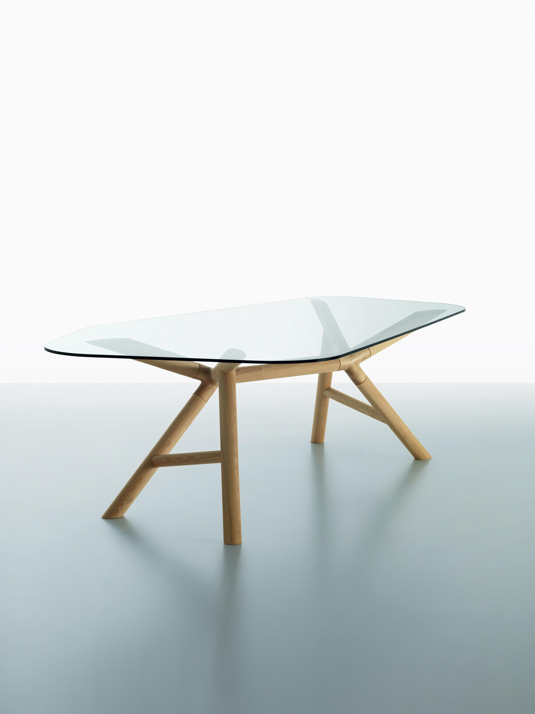 Otto table dining tables from miniforms architonic - Table haute plateau verre ...
