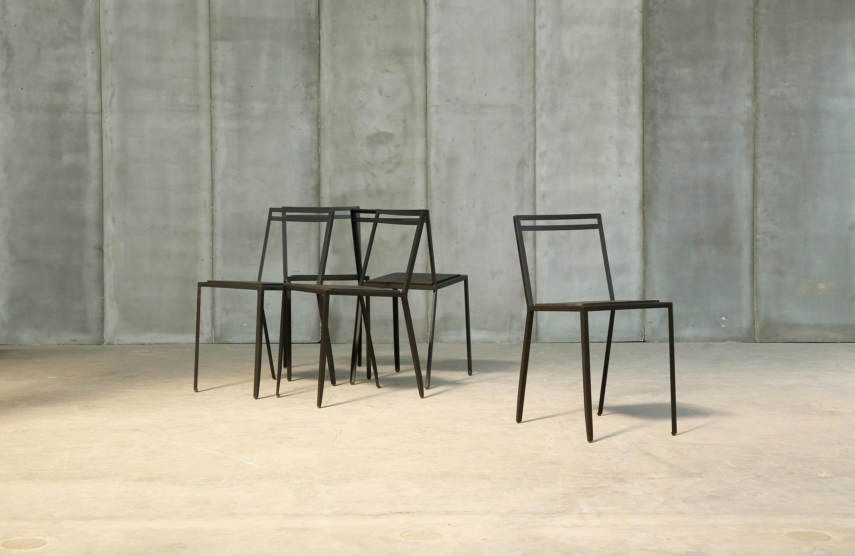 Rubber chair chaises de cantine de heerenhuis architonic - Fabricant chaises belgique ...