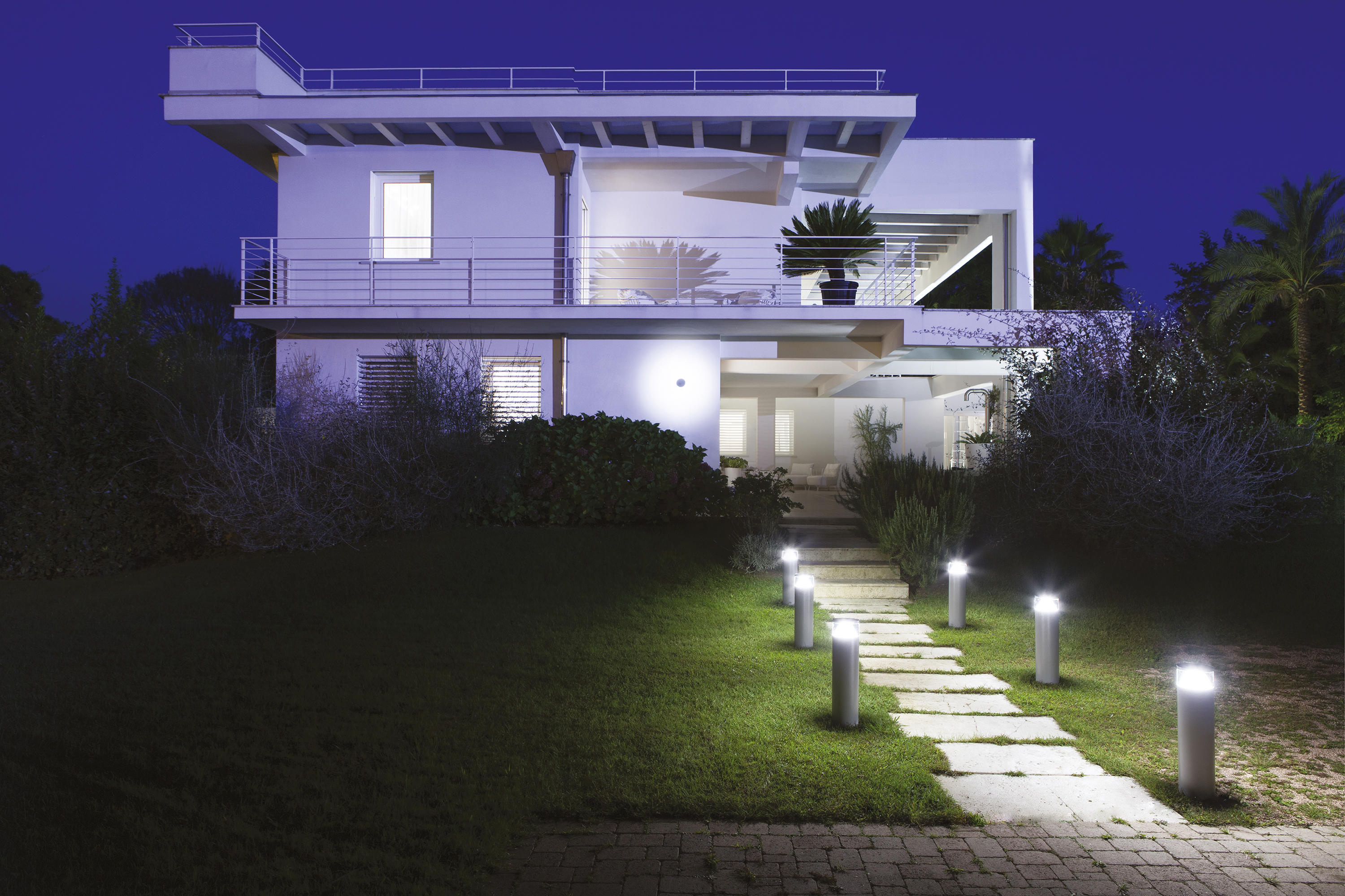 Zefiro Mid Power Led H 200mm Outdoor Wall Lights From