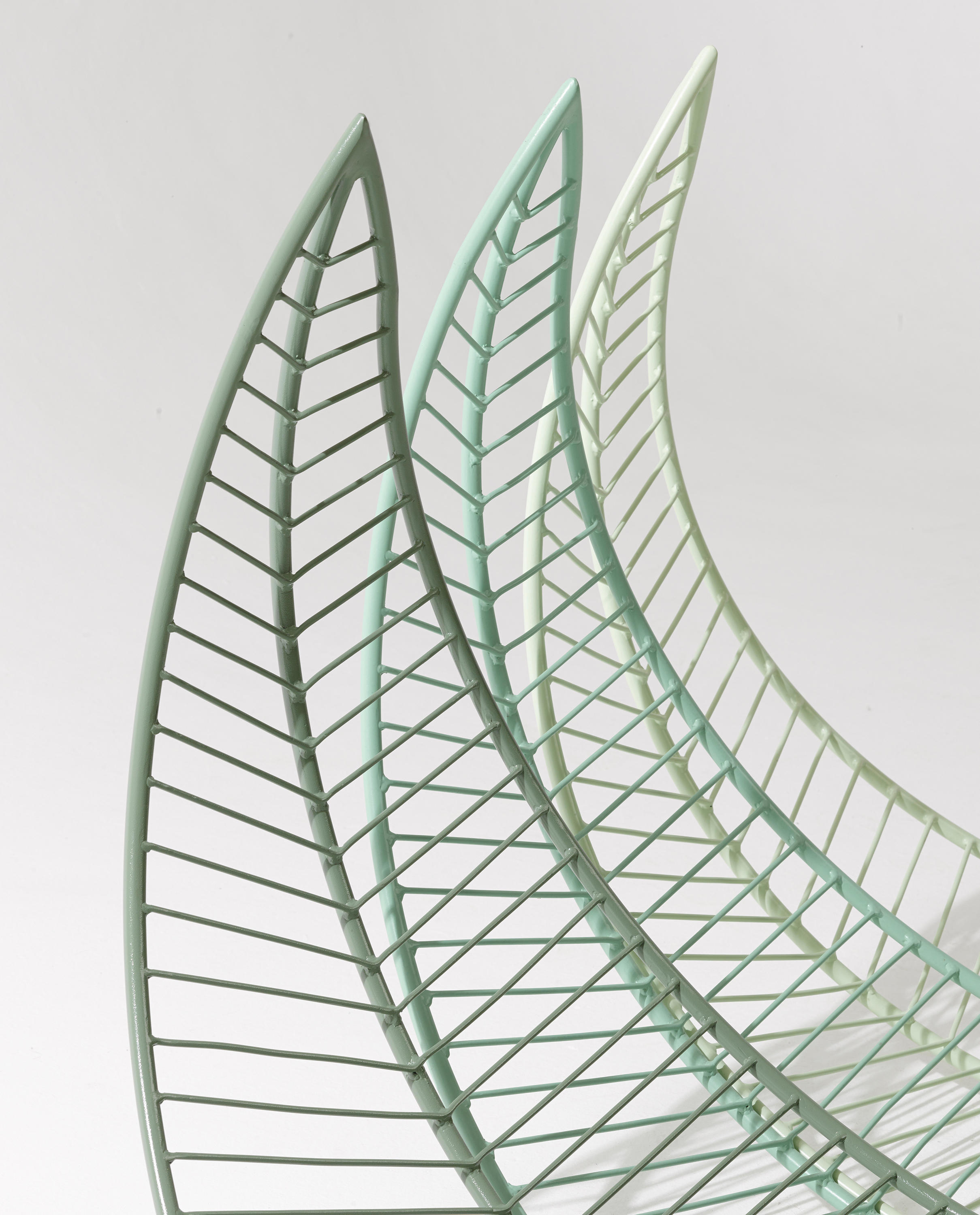 LEAF HANGING SWING CHAIR Garden chairs from Studio Stirling