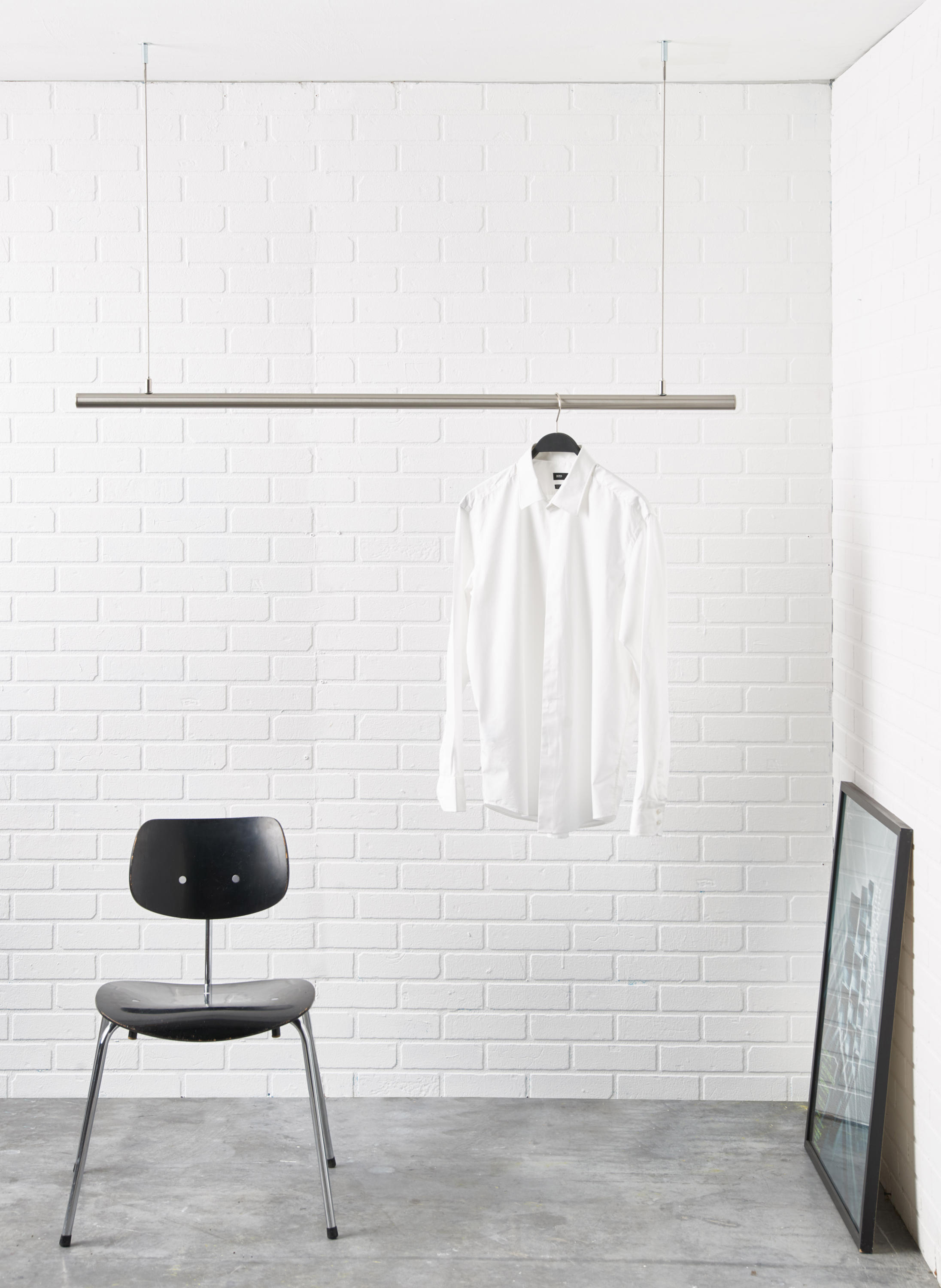 Airjust twin ceiling mounted coat racks from raumform33 for Garderobe decke
