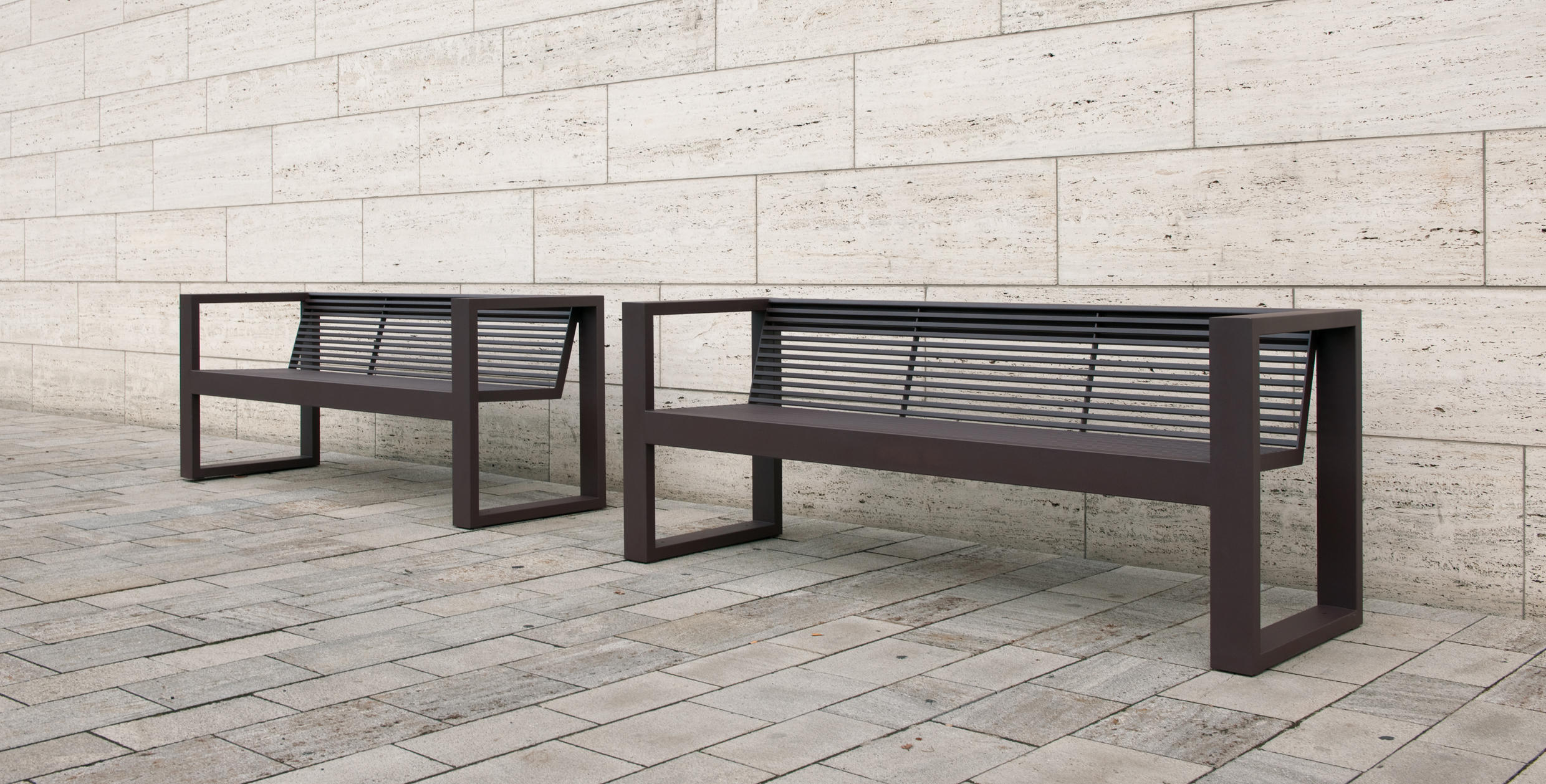 Sicorum m 300 bench with armrests panche da esterno for Arredo urbano in inglese