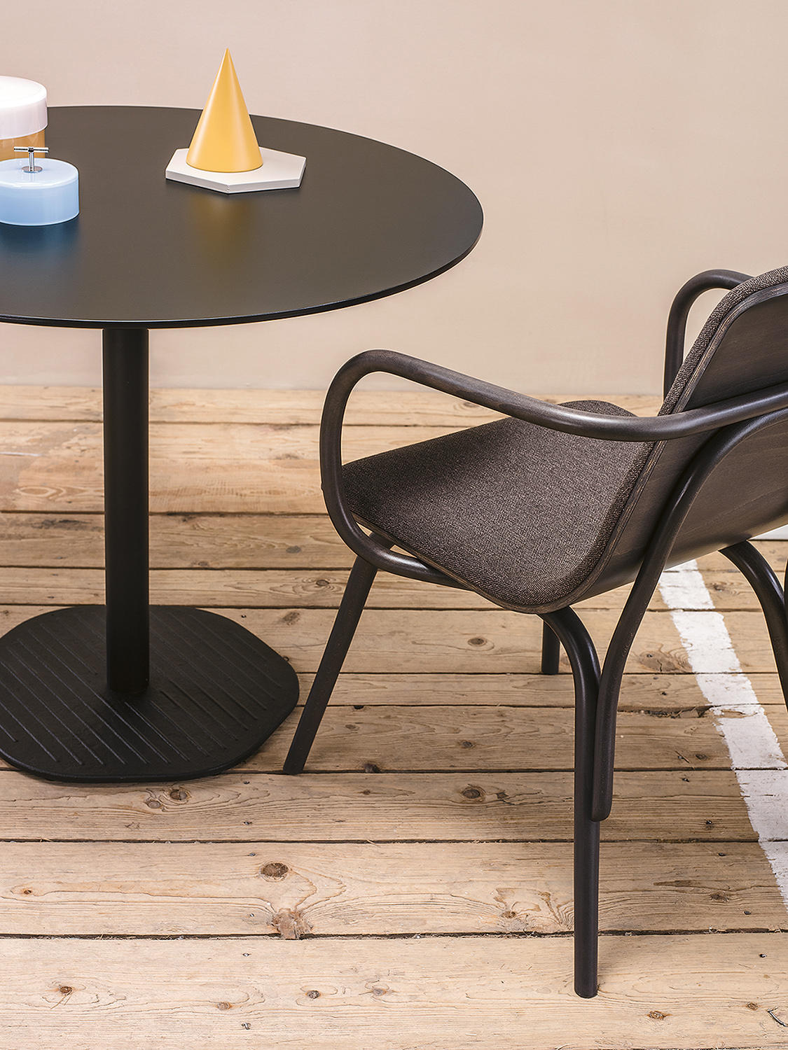 Hexagon Table Dining Tables From Ton Architonic