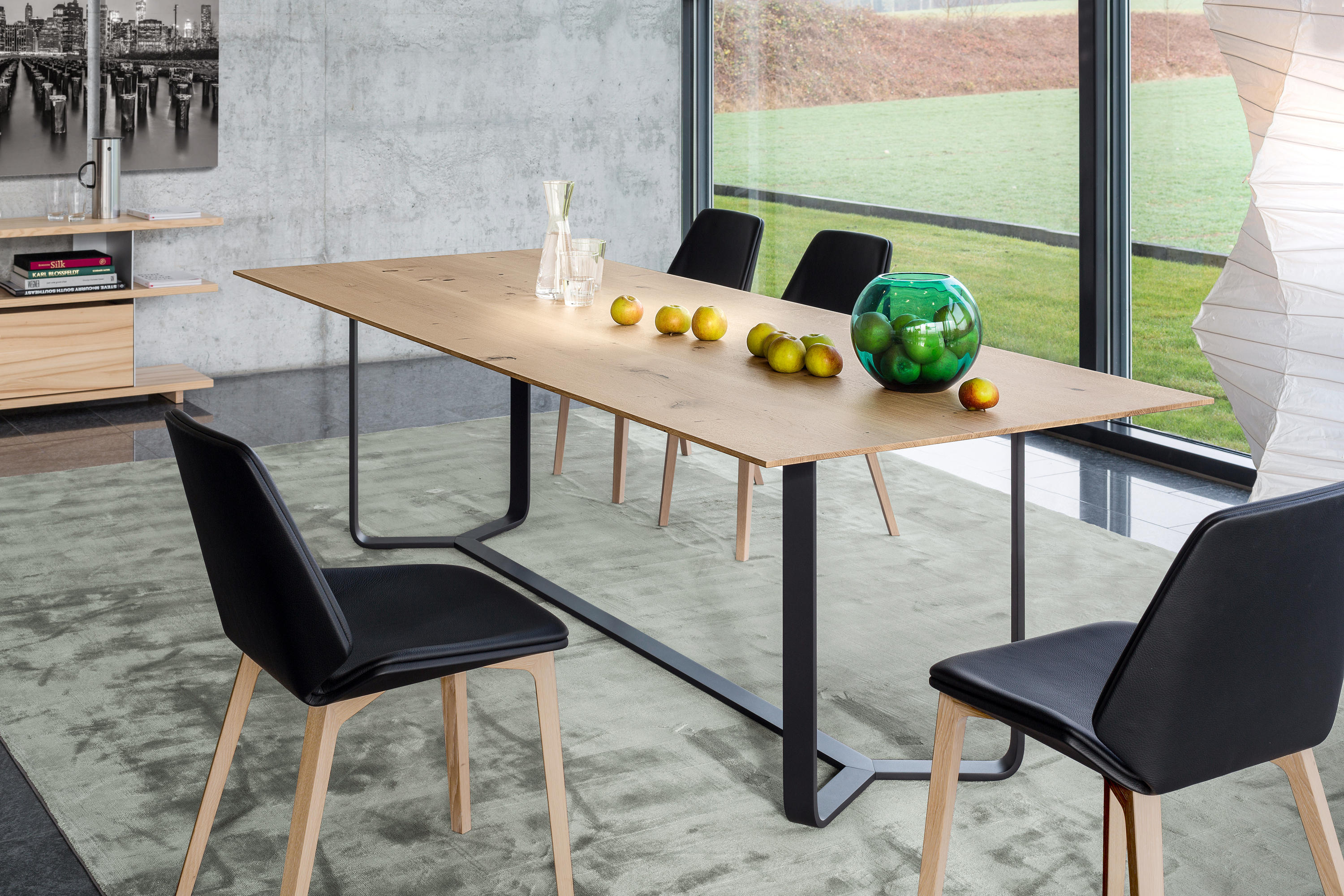 Yoho table mesas comedor de girsberger architonic for Licitacion comedor 2016