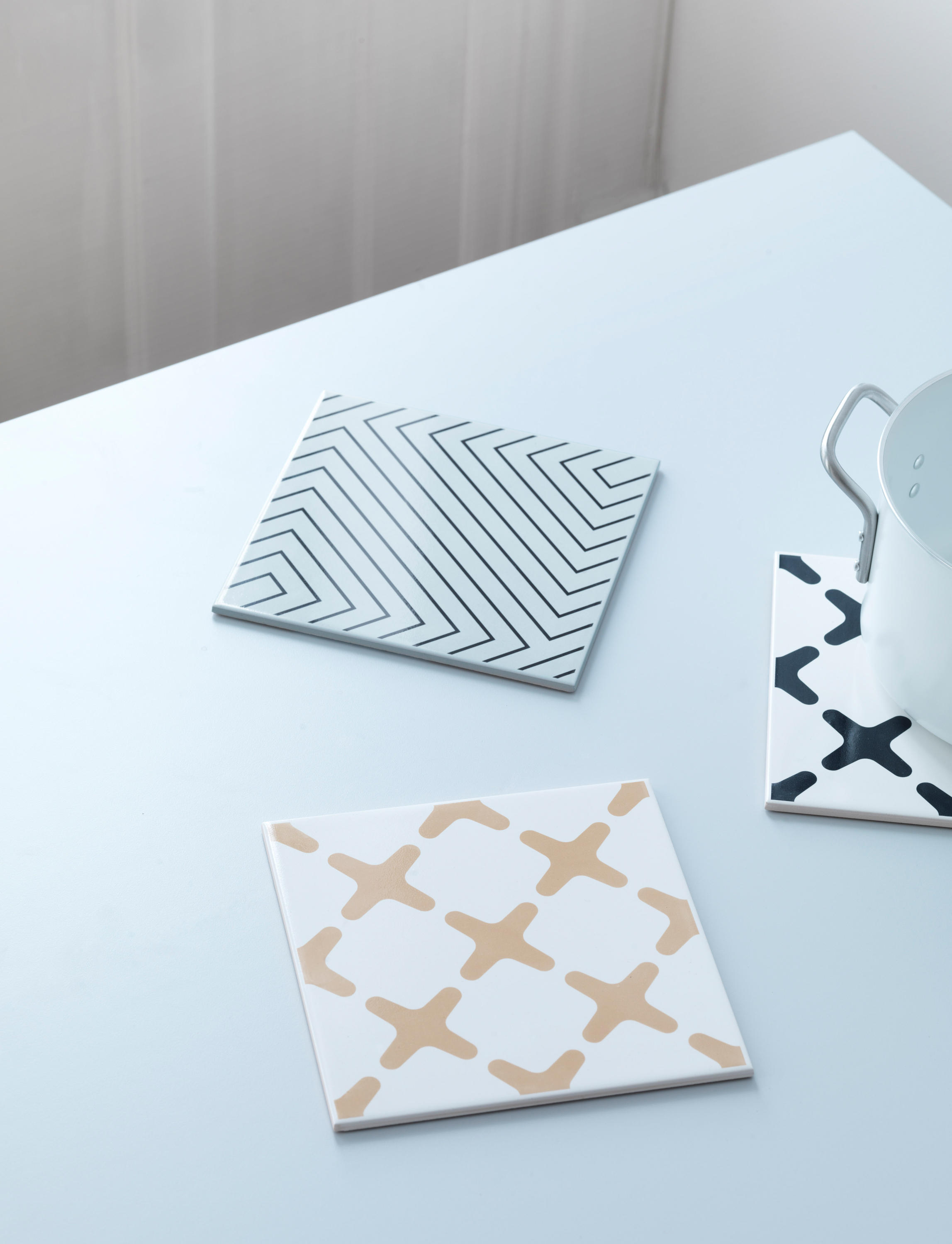 EXES - Coasters / Trivets from by Lassen | Architonic