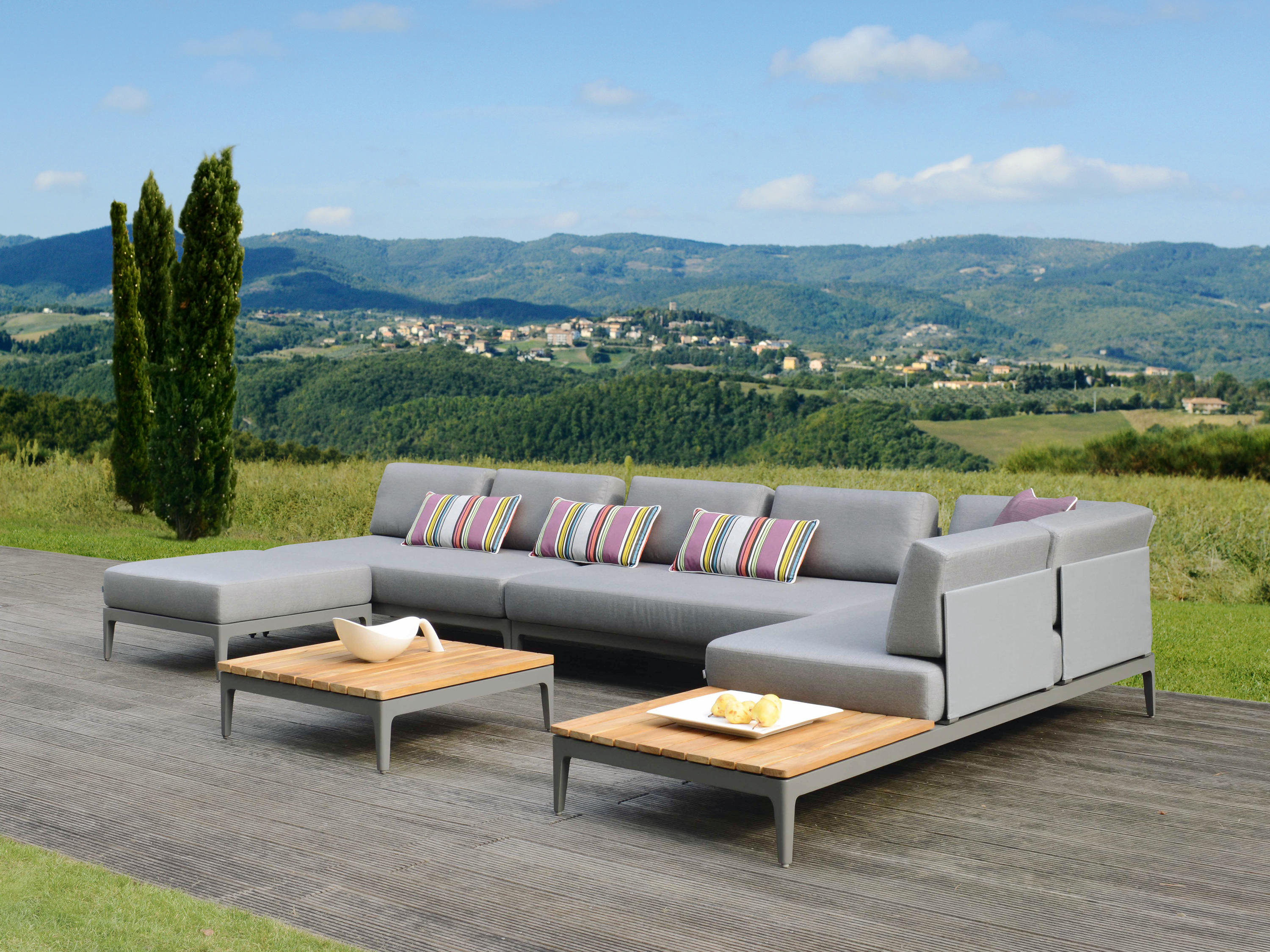 moments base 3 garden sofas from rausch classics. Black Bedroom Furniture Sets. Home Design Ideas