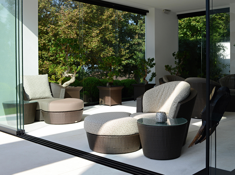 eden roc gruppe mit sessel hocker beistelltisch. Black Bedroom Furniture Sets. Home Design Ideas