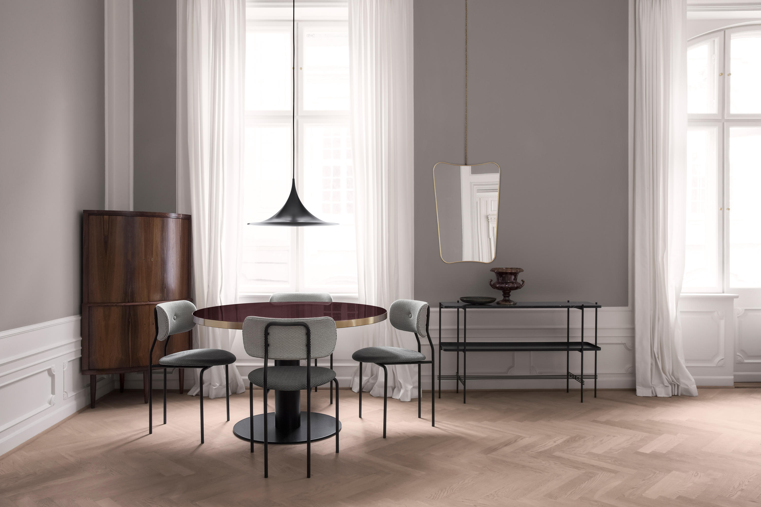 COCO CHAIR - Visitors chairs / Side chairs from GUBI