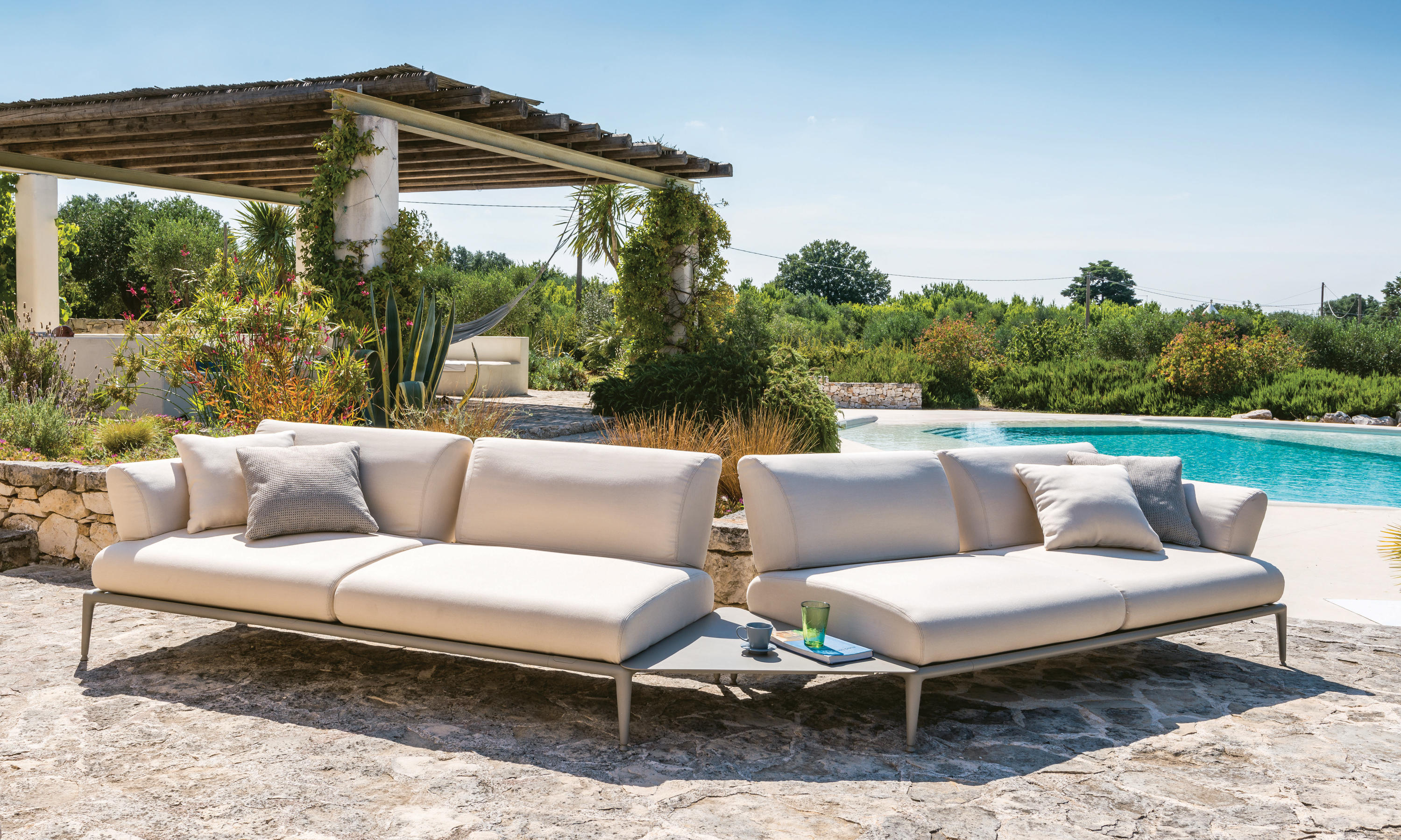 joint sofa  garden sofas from fast  architonic -  joint sofa by fast
