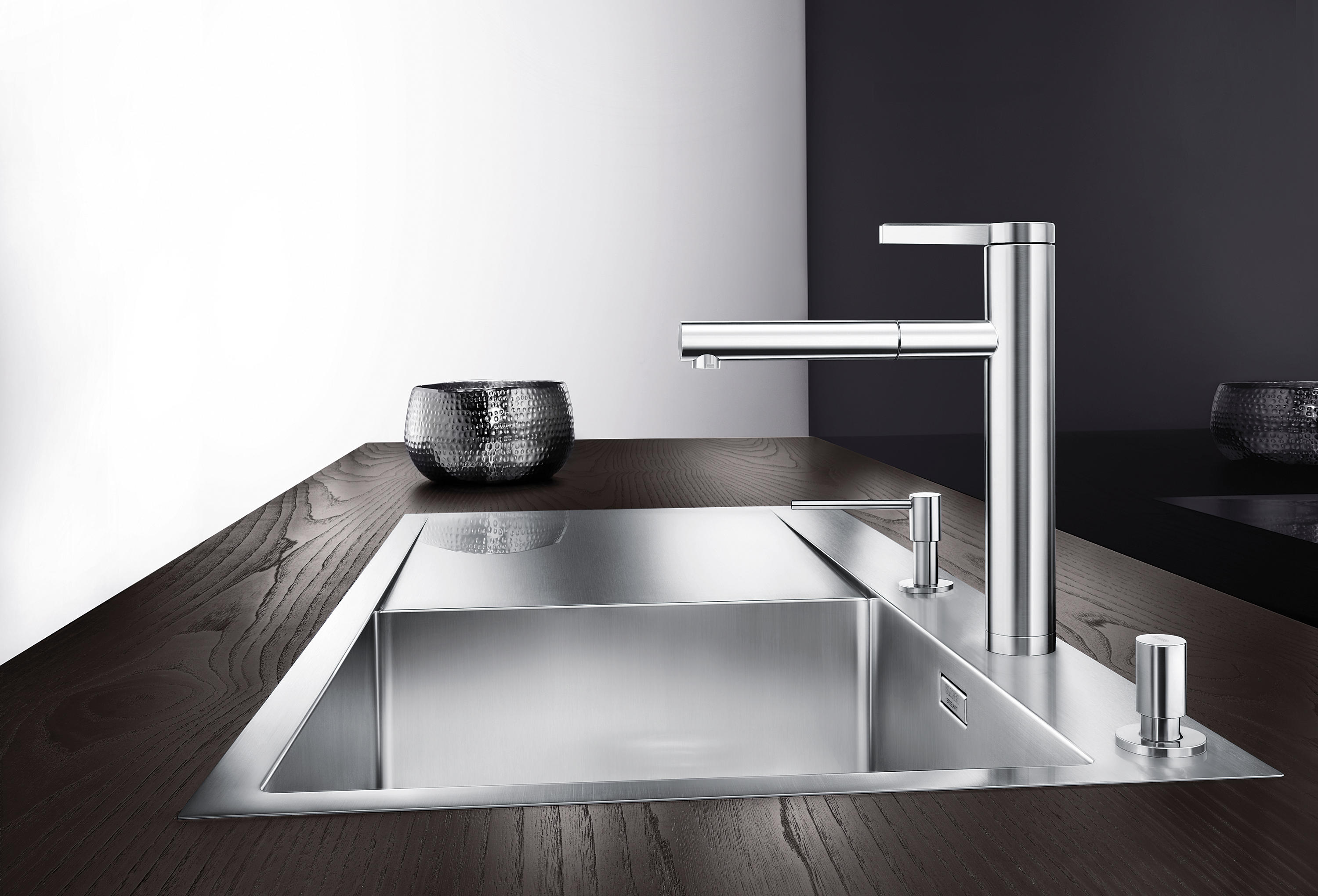 Blanco Linus S blanco linee s stainless steel satin polished kitchen taps from